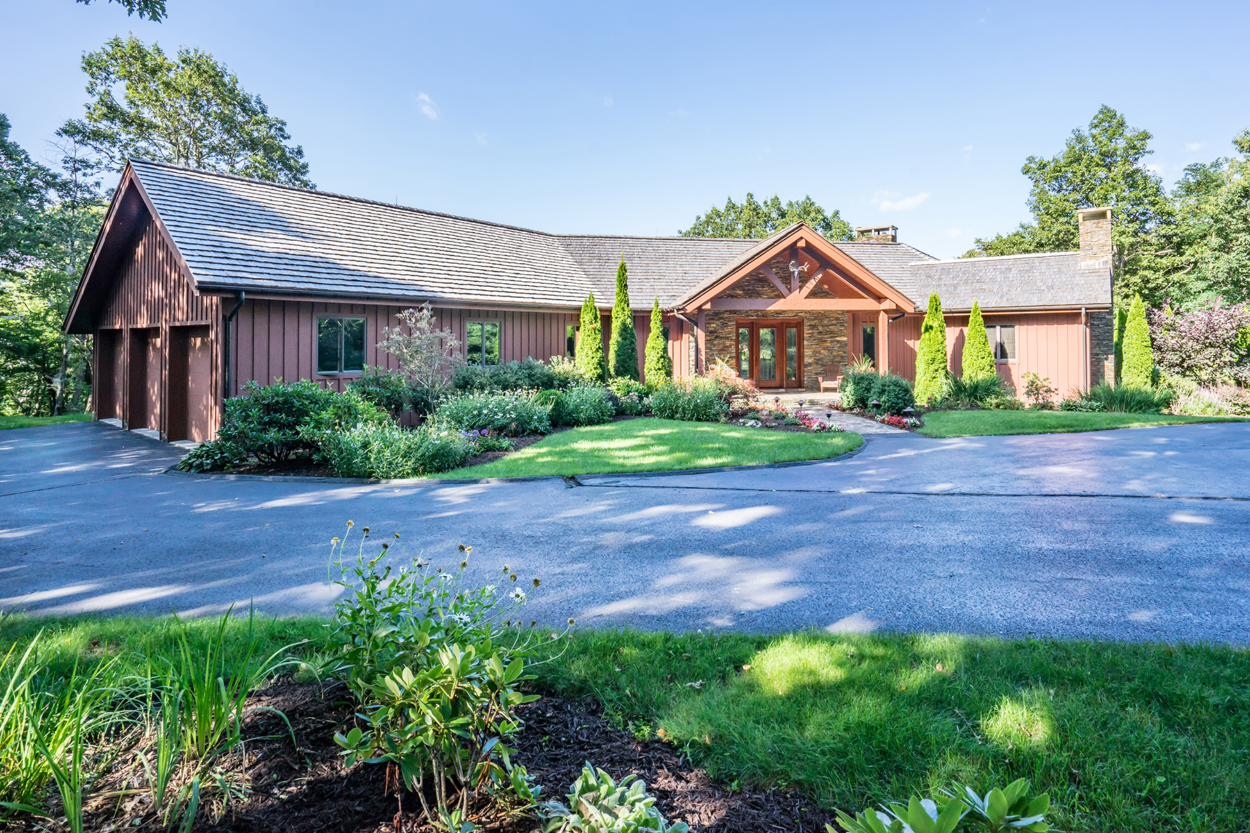 Single Family Home for Active at BLOWING ROCK 620-622 Sampson Blowing Rock, North Carolina 28605 United States