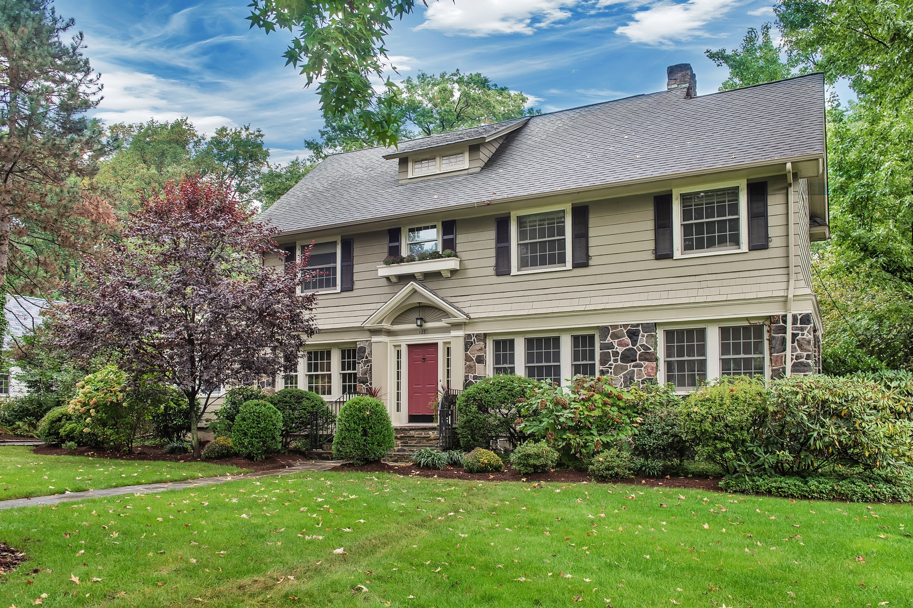 Single Family Home for Sale at Quintessential Center Hall Colonial 127 Inwood Avenue, Montclair, New Jersey 07043 United States