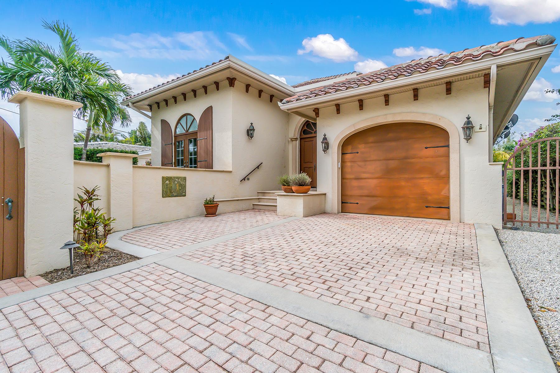 Einfamilienhaus für Verkauf beim 801 Palm Avenue 801 Palm Avenue, Boca Grande, Florida, 33921 Vereinigte Staaten