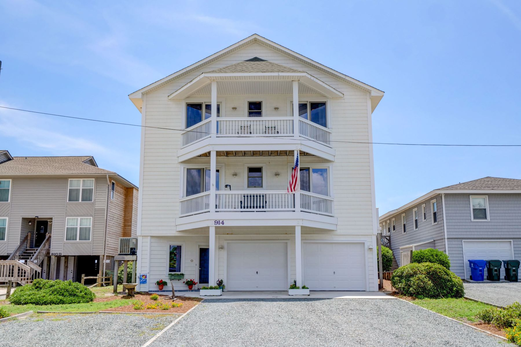 Single Family Homes for Active at Oceanfront Coastal Living at its Finest 914 S Shore Drive Surf City, North Carolina 28445 United States