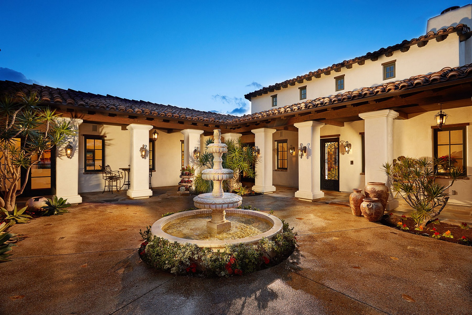 Single Family Home for Sale at 16570 Road to Rio San Diego, California, 92127 United States