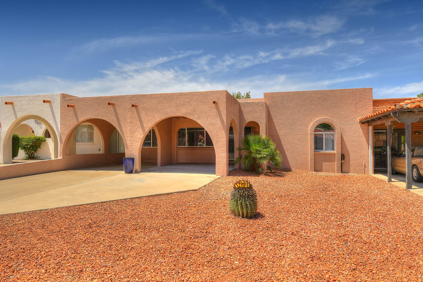 single family homes for Active at Completely Remodeled Townhouse 1341 N Placita Parasol Green Valley, Arizona 85614 United States
