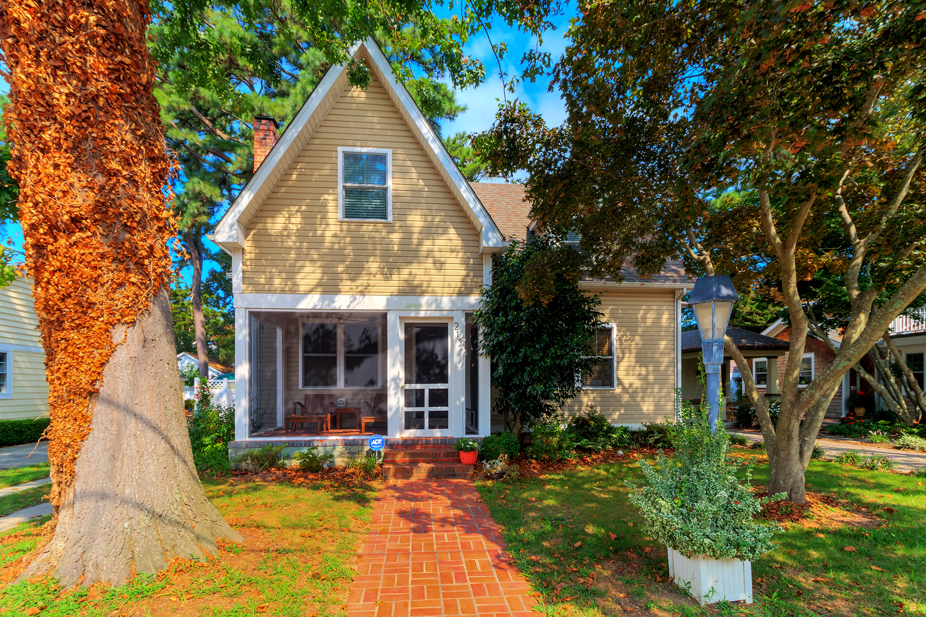 Single Family Home for Sale at 213 Hickman St , Rehoboth Beach, DE 19971 213 Hickman St Rehoboth Beach, Delaware 19971 United States