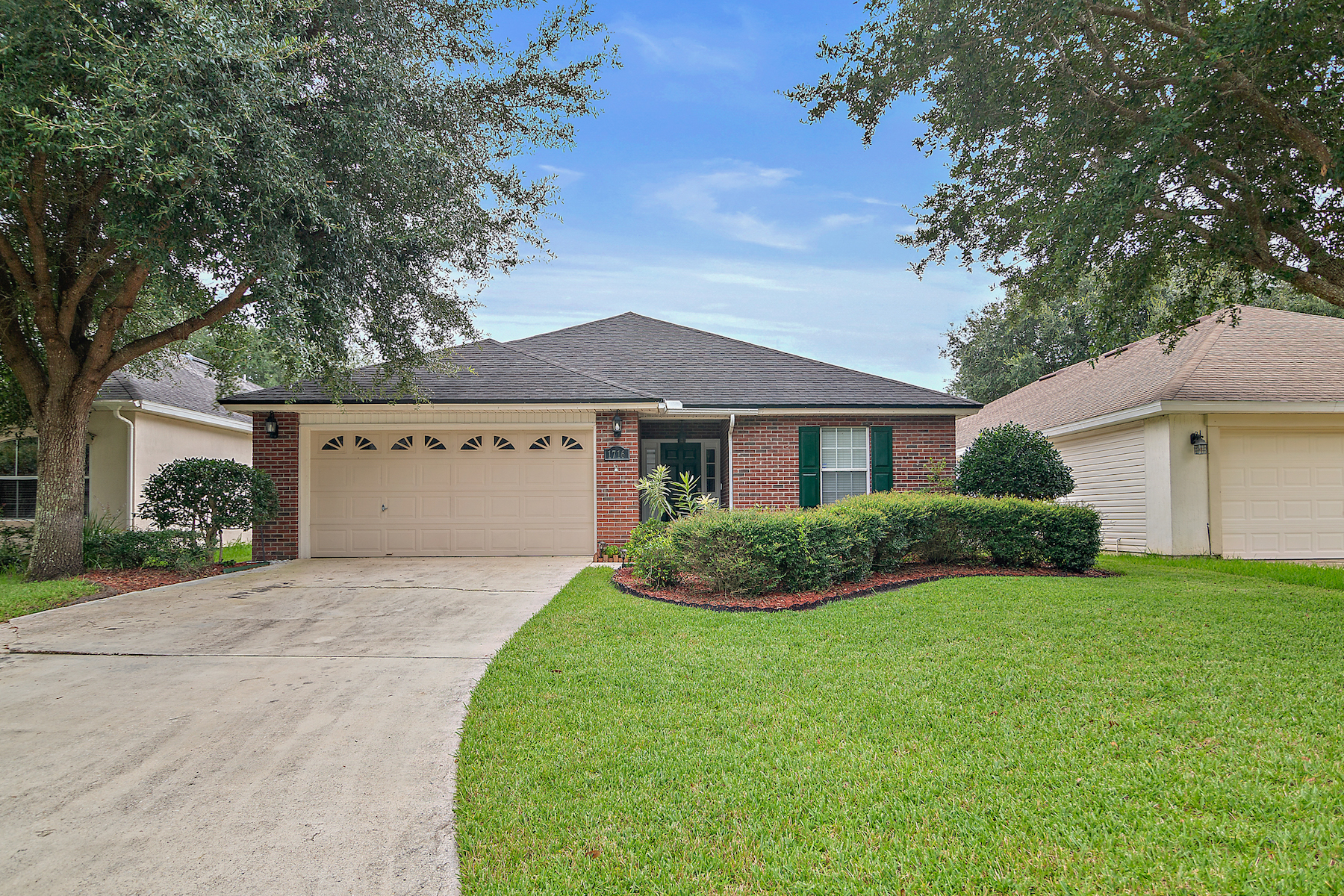 Single Family Homes for Sale at 1716 Canopy Oaks Drive Orange Park, Florida 32065 United States