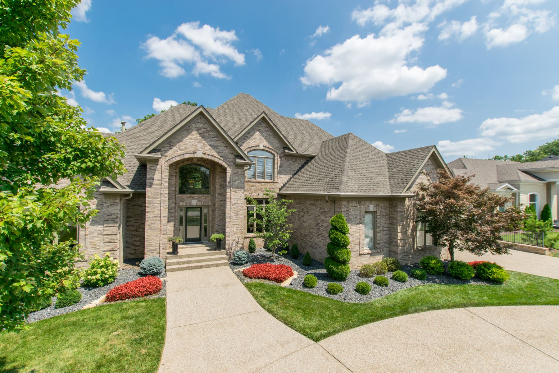 Additional photo for property listing at 15412 Crystal Springs Way  Louisville, Kentucky 40245 United States