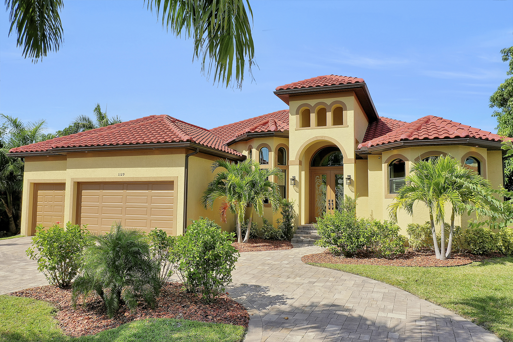 Single Family Homes for Sale at 1129 Lenox Court, Cape Coral, Florida 33904 United States