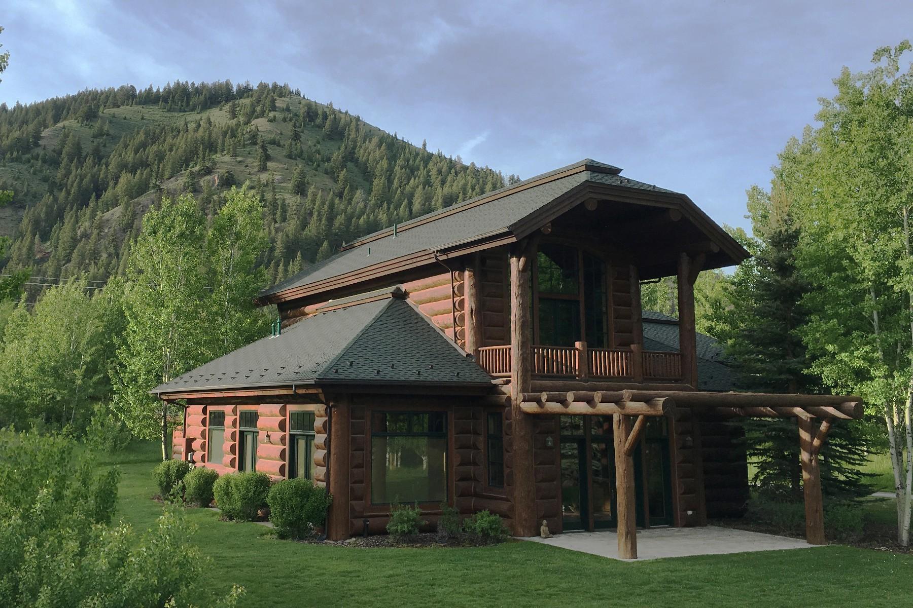 Maison unifamiliale pour l Vente à A Gathering Place 80 River Sage Court Ketchum, Idaho 83340 États-Unis
