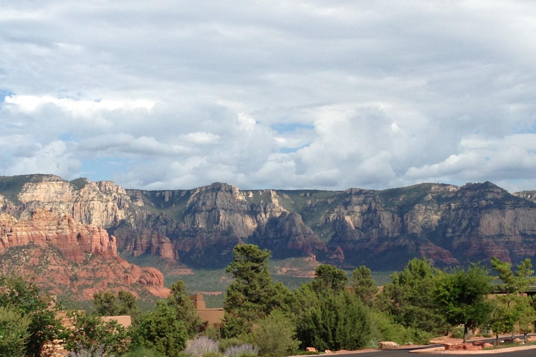 Land for Sale at Corner Lot in Sedona's Prestigious Gated Subdivision 215 Calle Diamante, Sedona, Arizona, 86336 United States