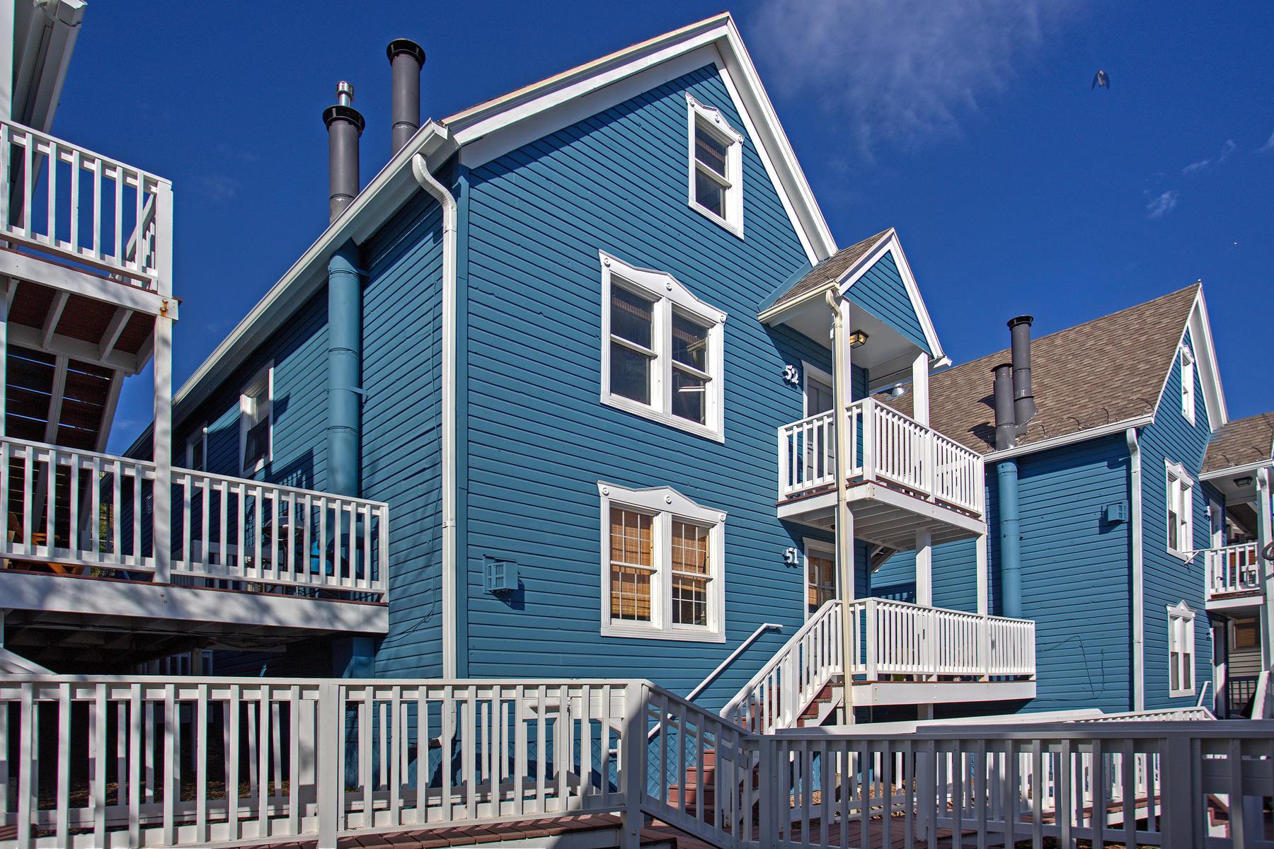 Kat Mülkiyeti için Satış at Beautifully Updated VictorianVillage 1150 Empire Ave #52 Park City, Utah, 84060 Amerika Birleşik Devletleri