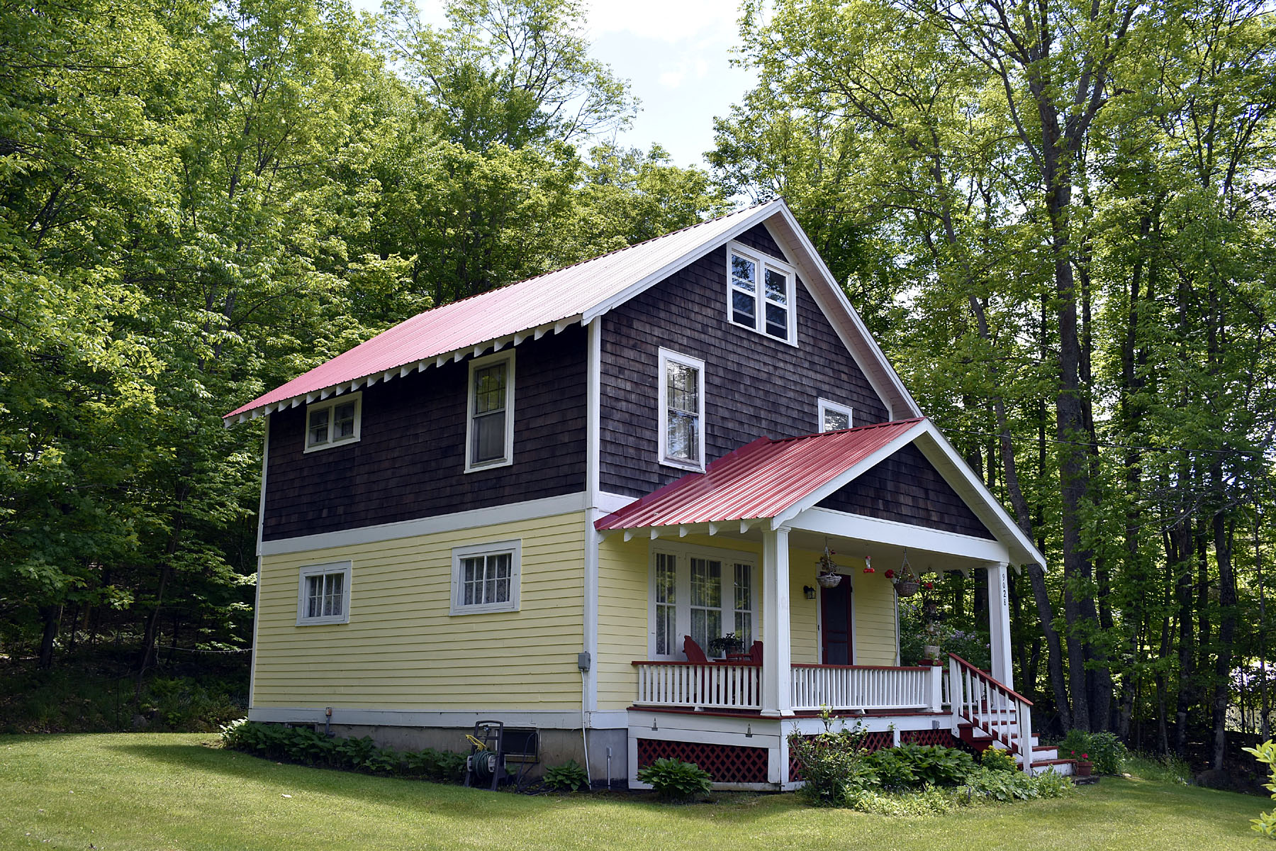 Single Family Homes for Active at 9028 NYS Rt 30 Blue Mountain Lake, New York 12812 United States