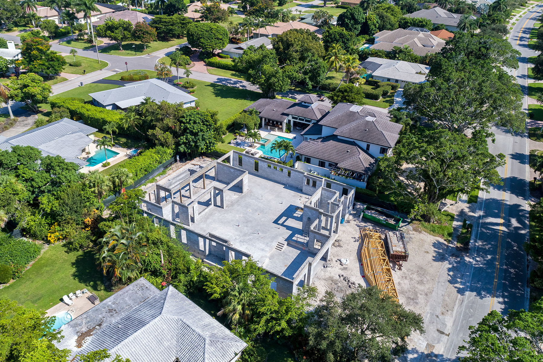 Additional photo for property listing at NAPLES - MOORINGS 3180 Crayton Road neapel, Florida 34103 Förenta staterna