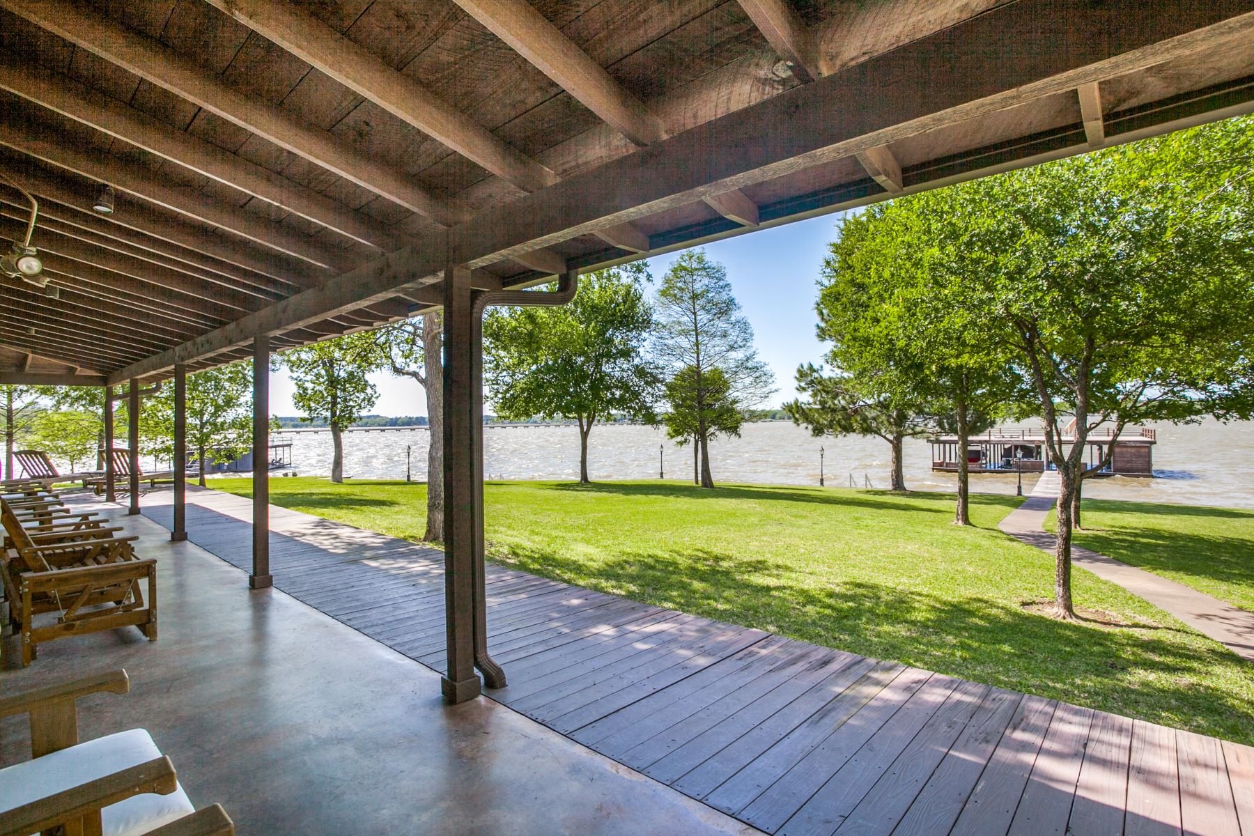 Single Family Homes for Sale at 5652 Lakeshore Court on Cedar Creek Lake 5652 Lakeshore Court Log Cabin, Texas 75148 United States