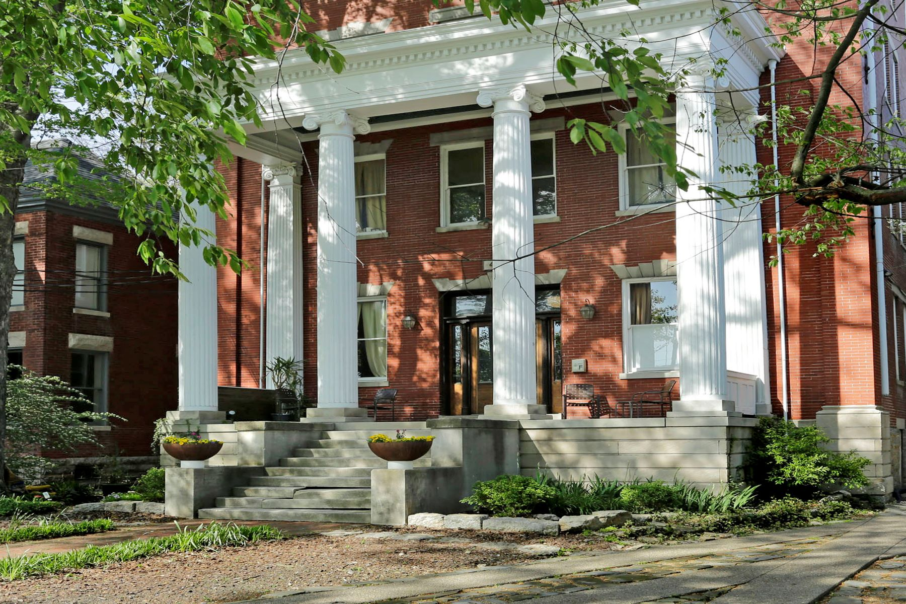 Condominium for Sale at 441 W. Second St #310 Lexington, Kentucky 40507 United States