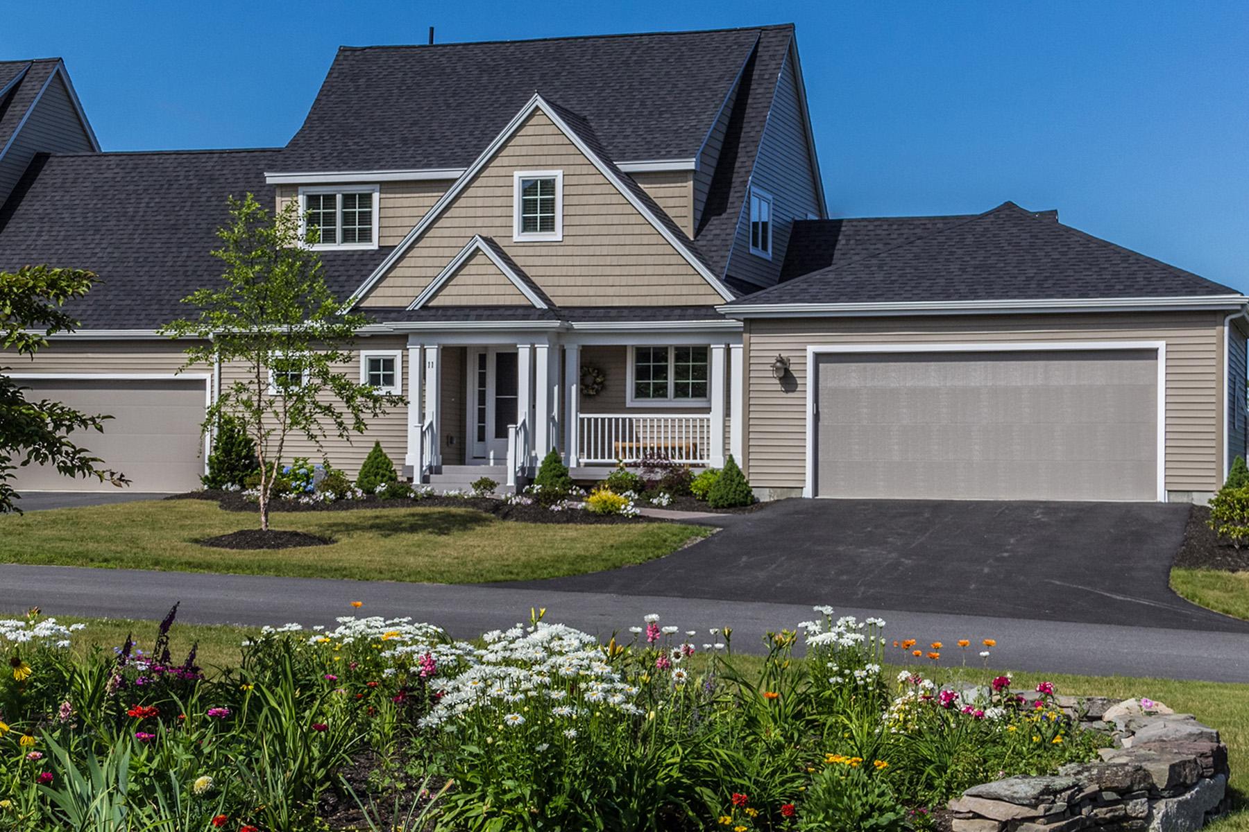 共管式独立产权公寓 为 销售 在 4 Rockrose Way #82 布伦瑞克, 缅因州, 04011 美国