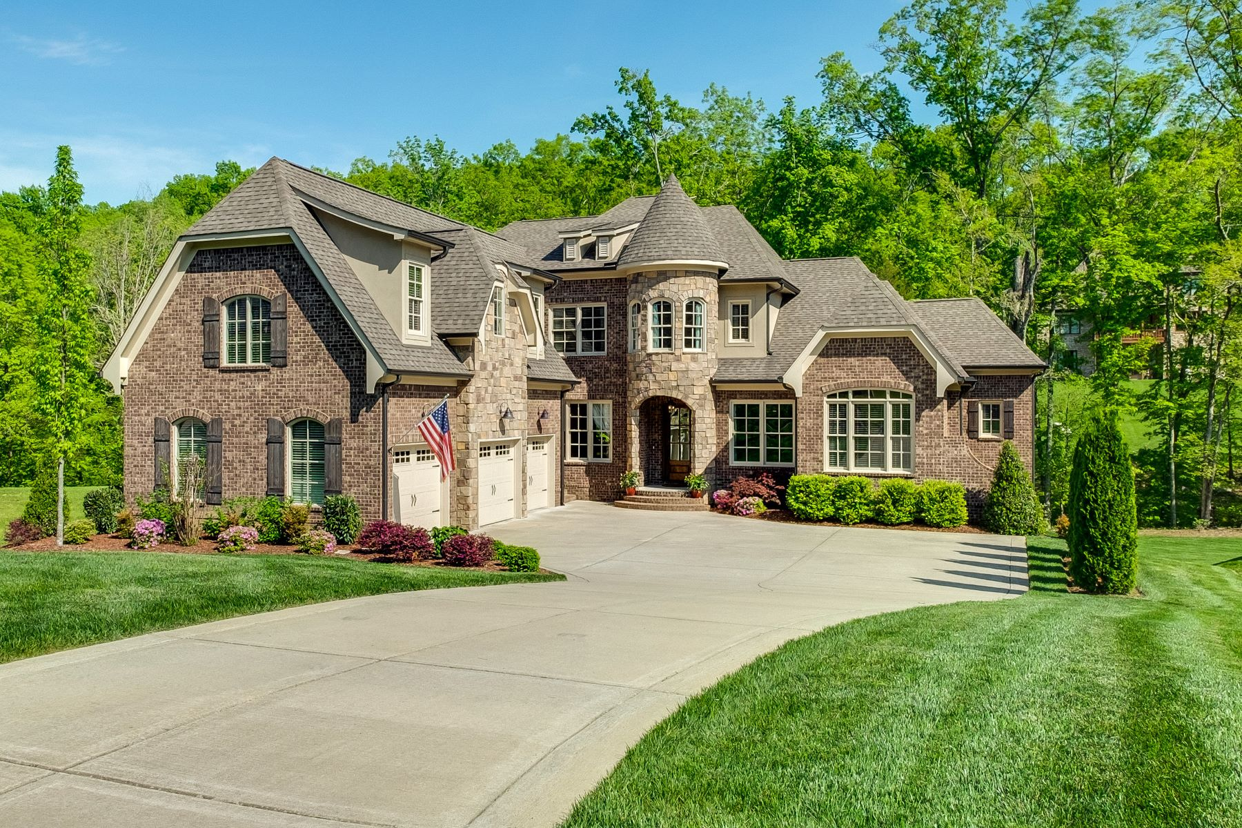 single family homes for Sale at Stunning Custom Home 1726 Ravello Way Brentwood, Tennessee 37027 United States