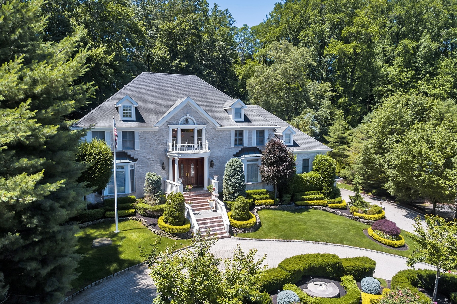 Single Family Home for Sale at Pure Elegance on 1.31 acres of Land 66 Takolusa Drive Holmdel, New Jersey 07733 United States