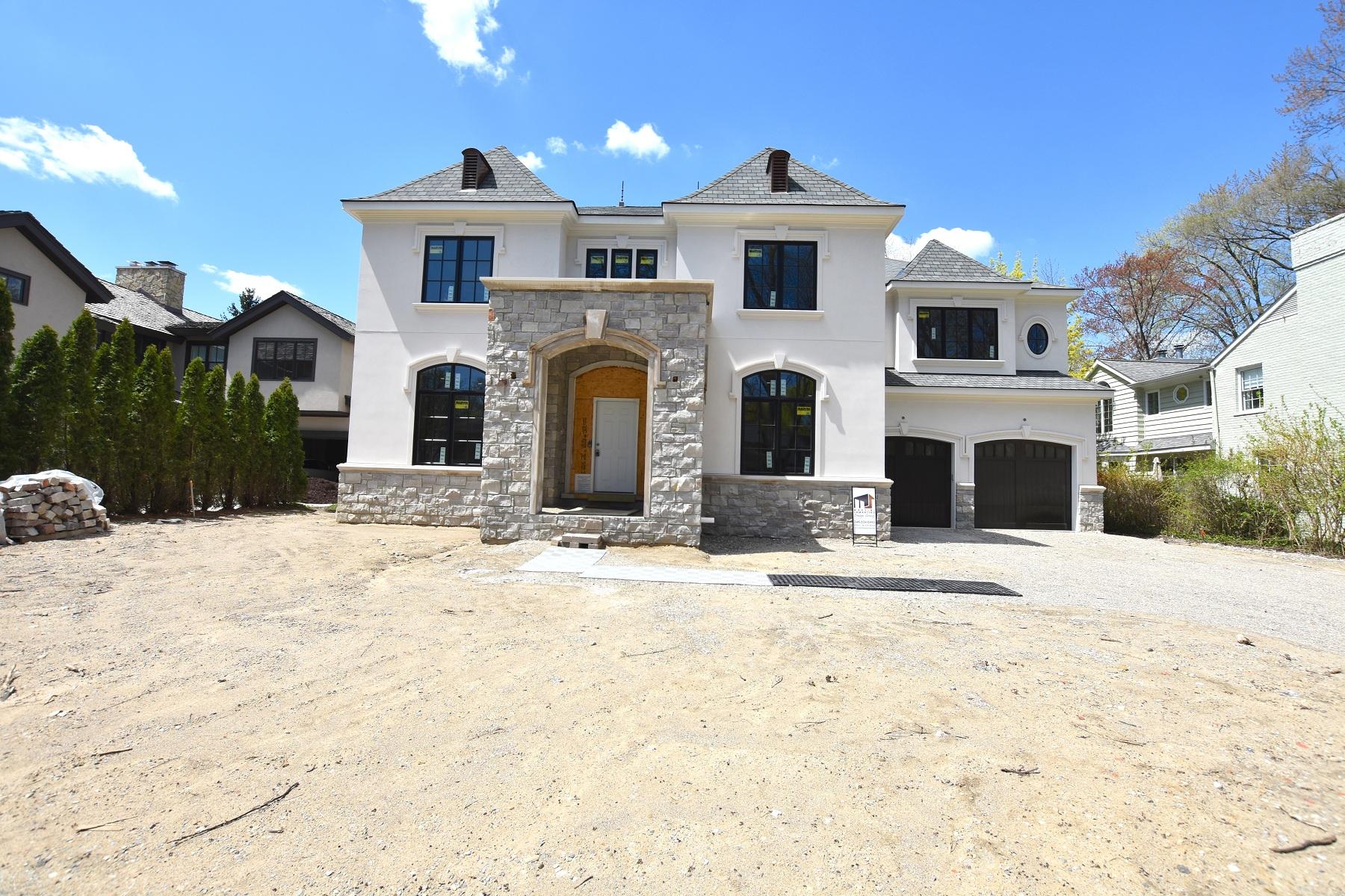 Single Family Homes for Sale at Birmingham 271 Fairfax Street Birmingham, Michigan 48009 United States