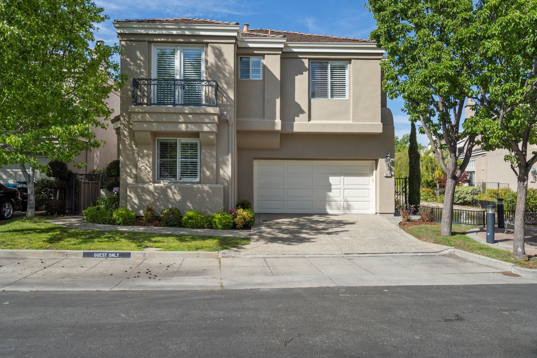 Single Family Homes for Active at 821 Corriente Point Drive Redwood City, California 94065 United States