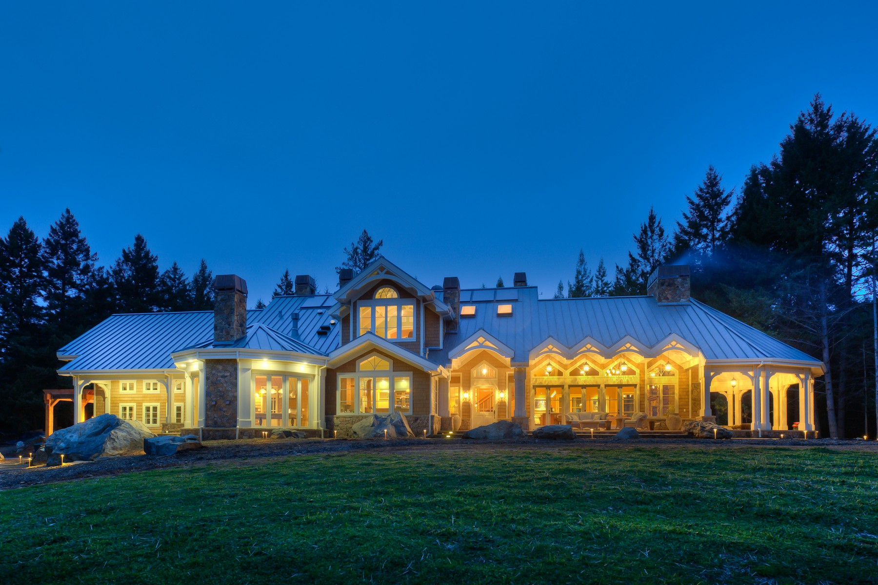 واحد منزل الأسرة للـ Sale في World Class Estate Ranch 19540 King Ridge Road Cazadero, California 95421 United States