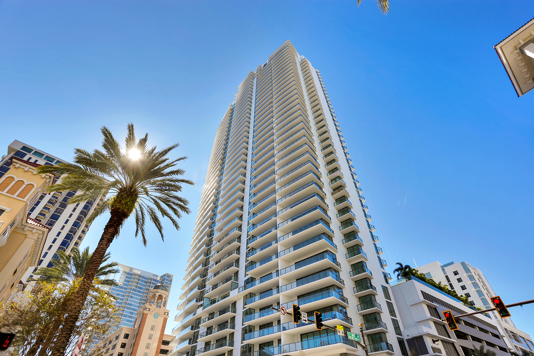 Condominiums for Active at DOWNTOWN ST PETE 100 1st Ave N , 2001 St. Petersburg, Florida 33701 United States