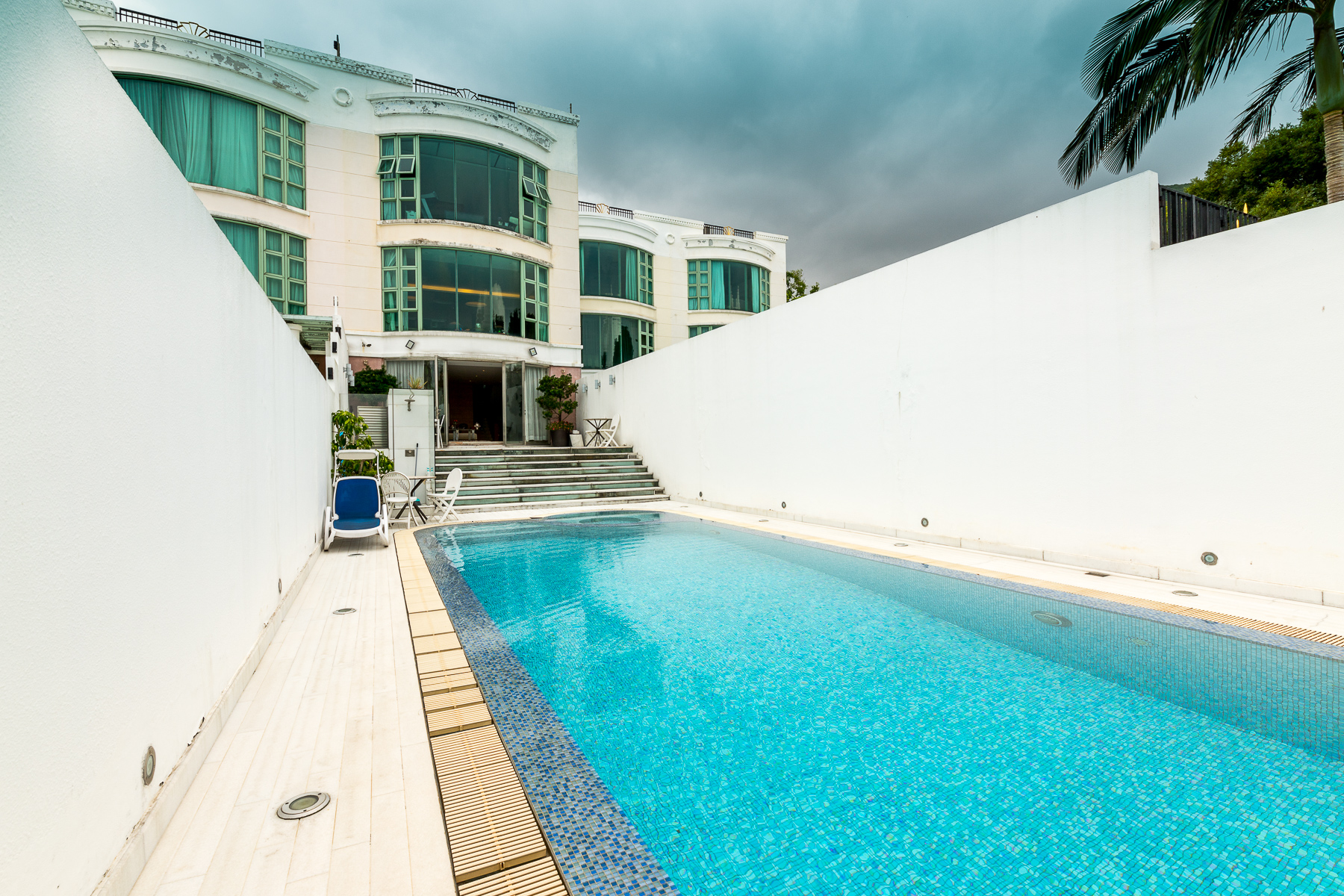 Townhouse for Sale at Stanley Breeze Stanley, Hong Kong Hong Kong