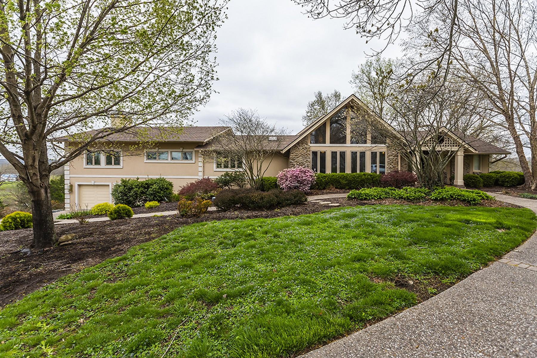 Частный односемейный дом для того Продажа на 1115 Hickory Ridge Road Frankfort, Кентукки 40076 Соединенные Штаты