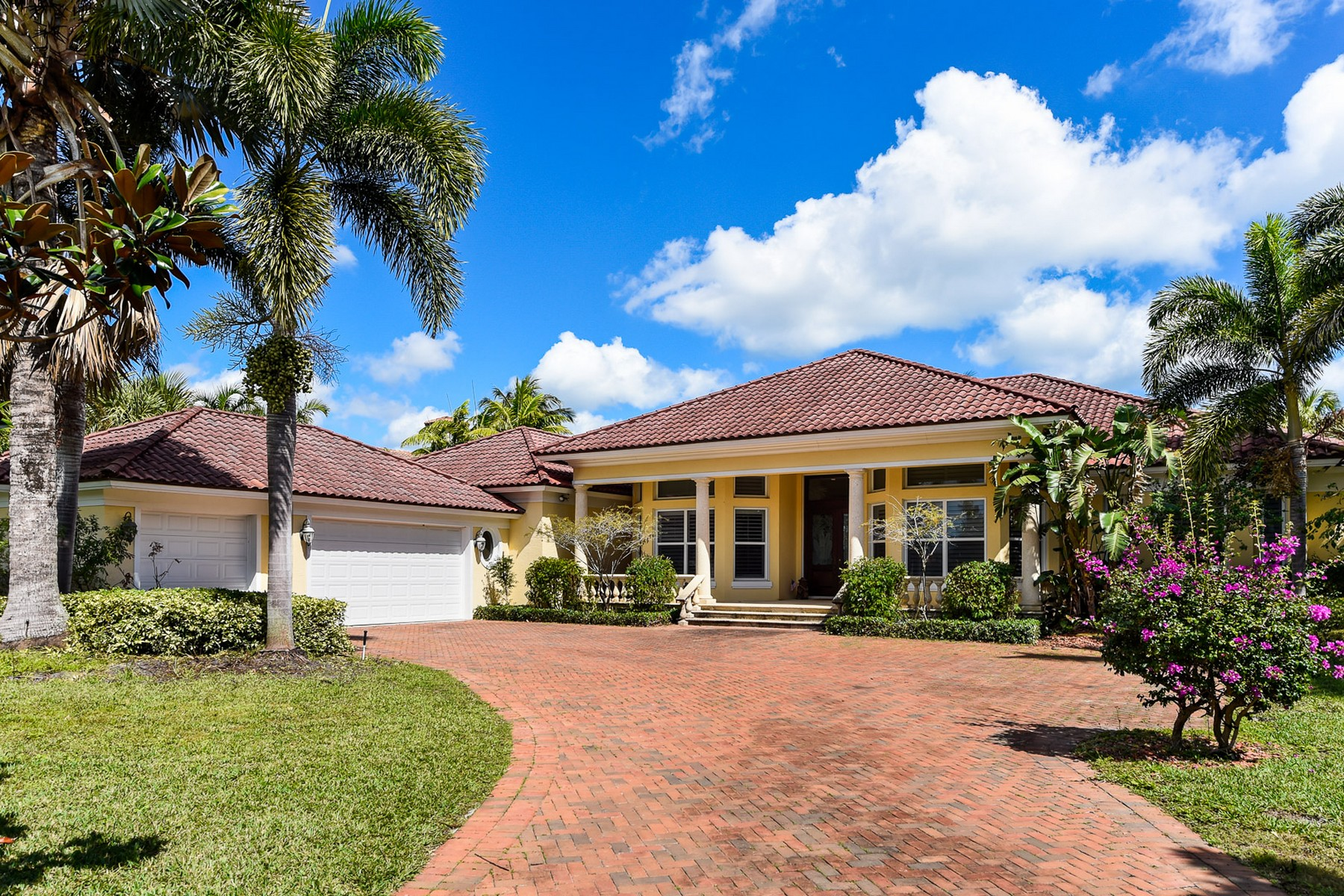 sales property at 18812 Rio Vista Drive Tequesta, FL 33469