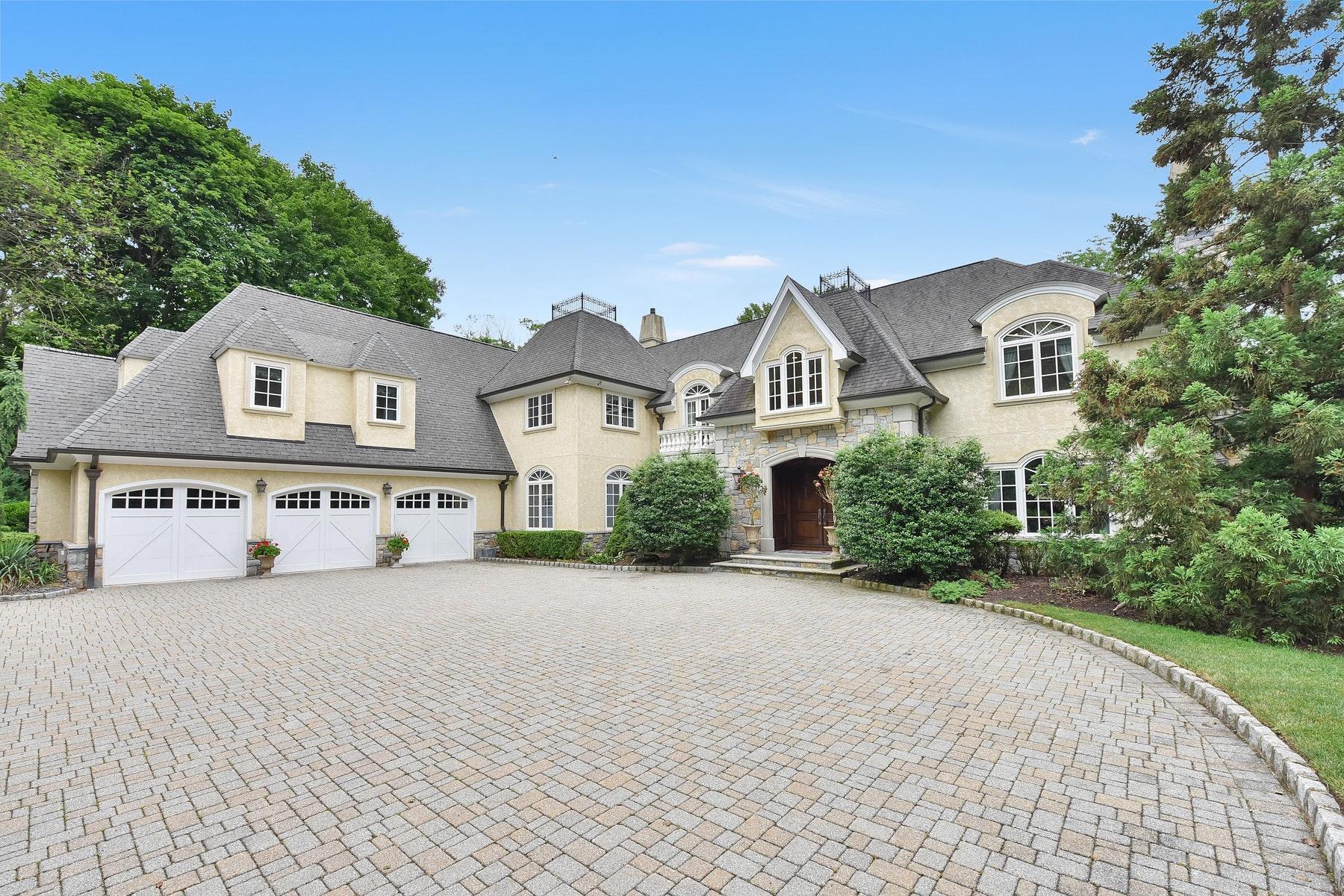 Einfamilienhaus für Verkauf beim French Provincial Estate 183 Woodside Ave, Franklin Lakes, New Jersey 07417 Vereinigte Staaten