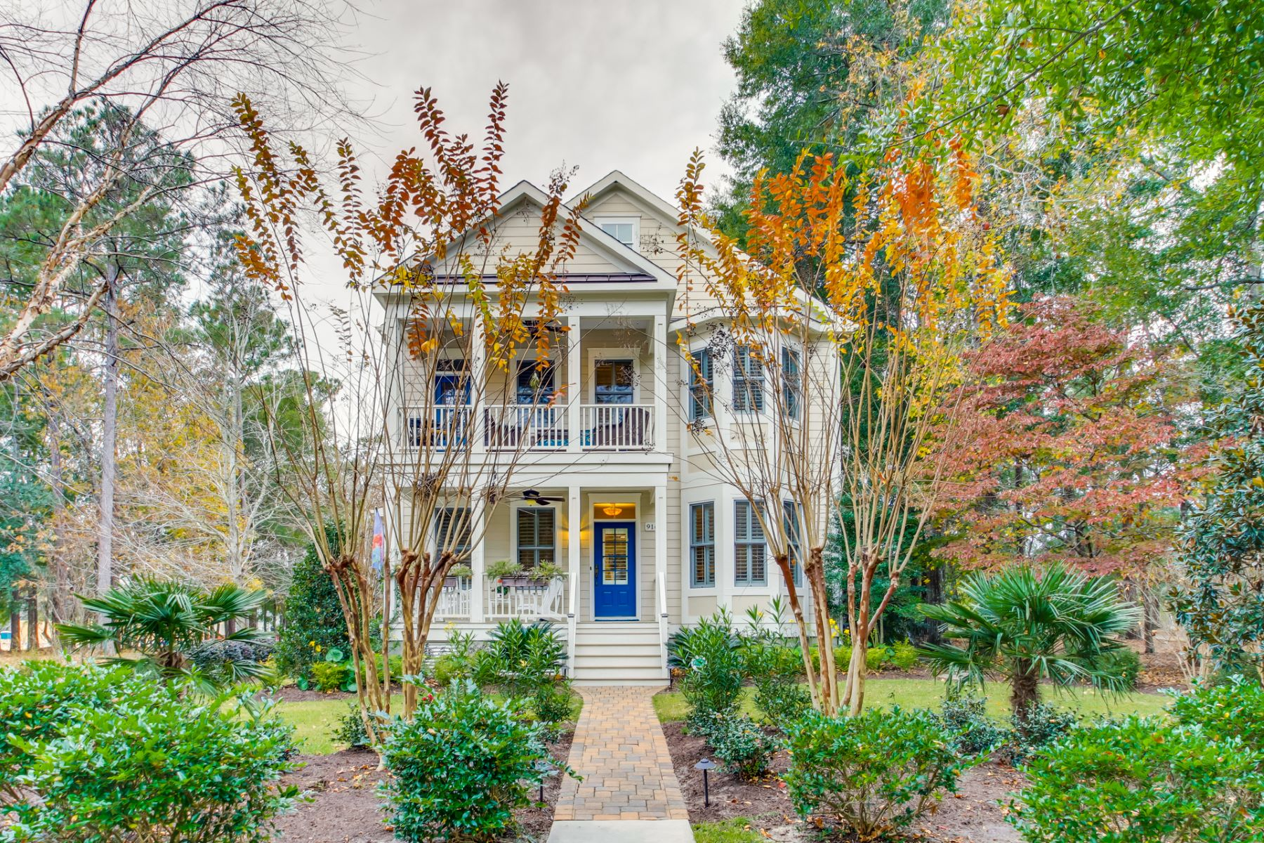 Single Family Homes for Sale at Charleston Style Home With Stunning Views 9163 Devaun Park Blvd Calabash, North Carolina 28467 United States