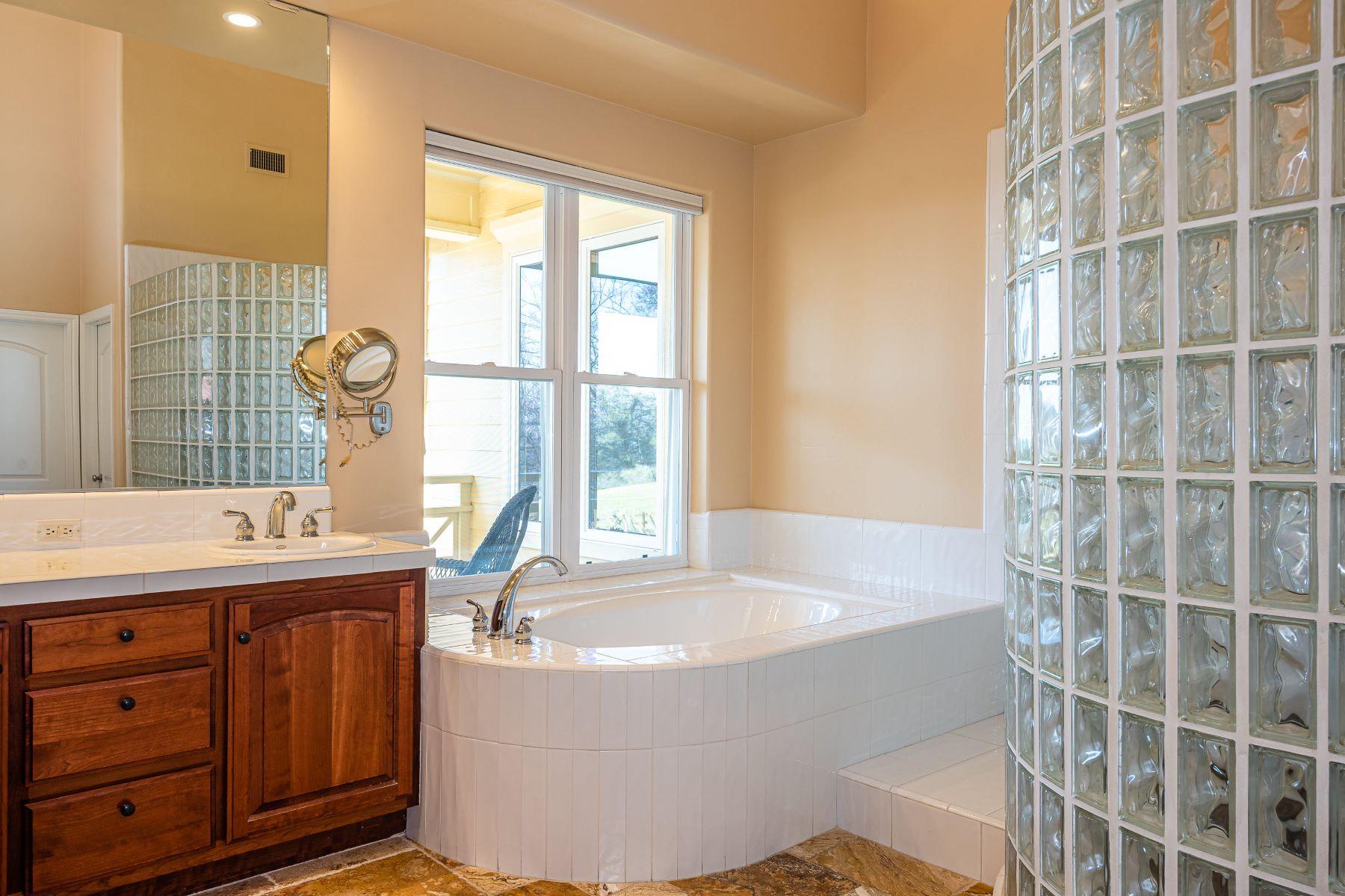 Additional photo for property listing at Vineyard Mountain Ranch 69300 Vineyard Canyon Road San Miguel, California 93451 Estados Unidos