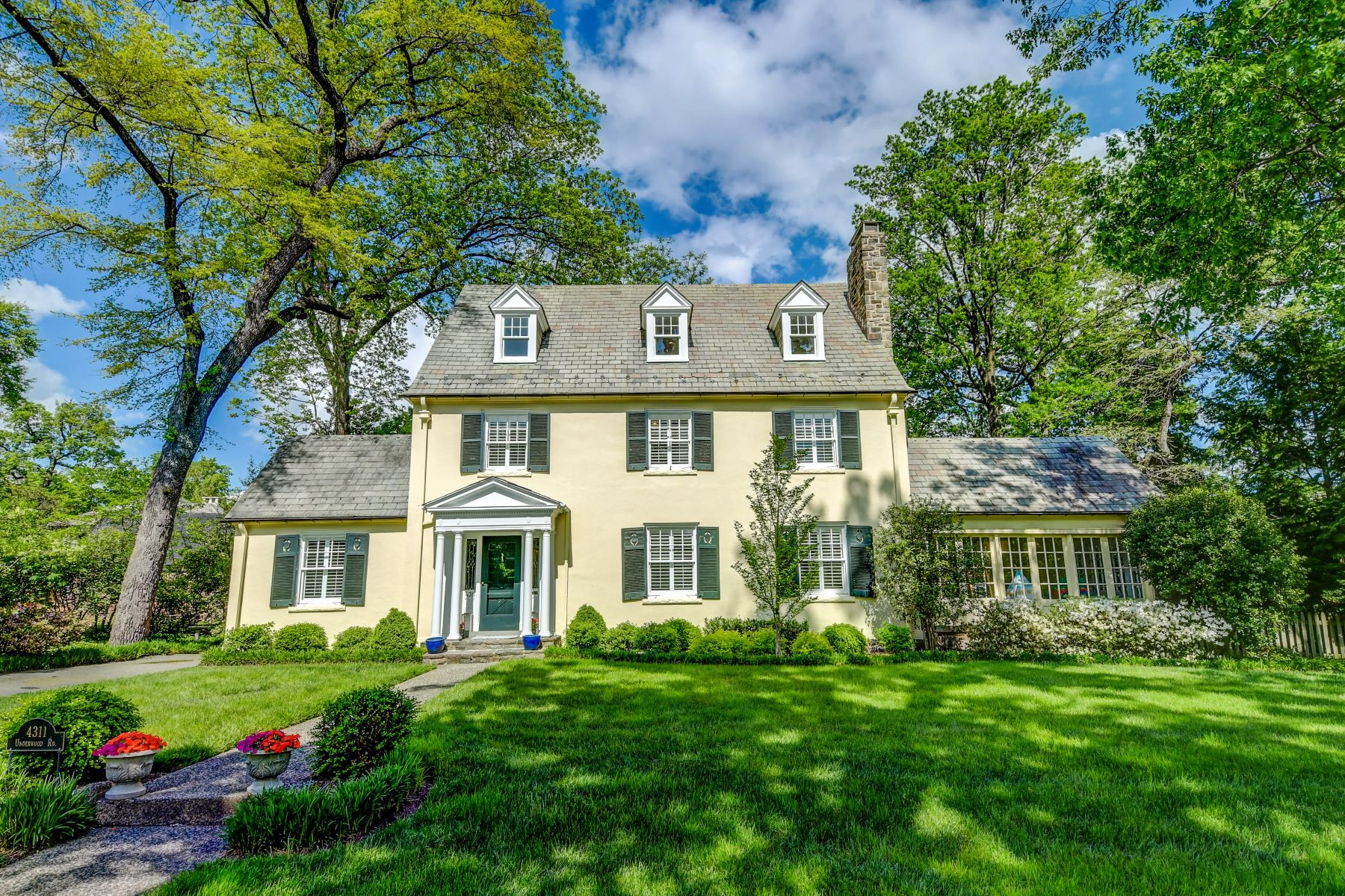 Single Family Homes for Sale at Guilford 4311 Underwood Road, Baltimore, Maryland 21218 United States