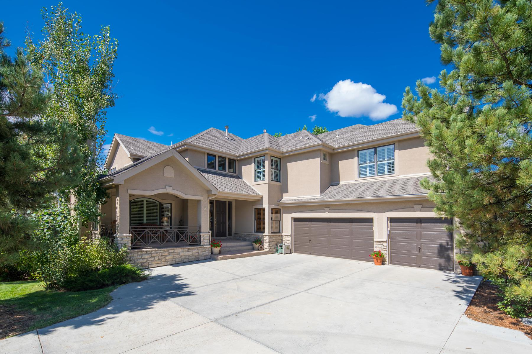 Single Family Home for Active at Welcome home to this immaculate and inviting home in Castle Pines Village! 742 Evening Star Ln Castle Rock, Colorado 80108 United States