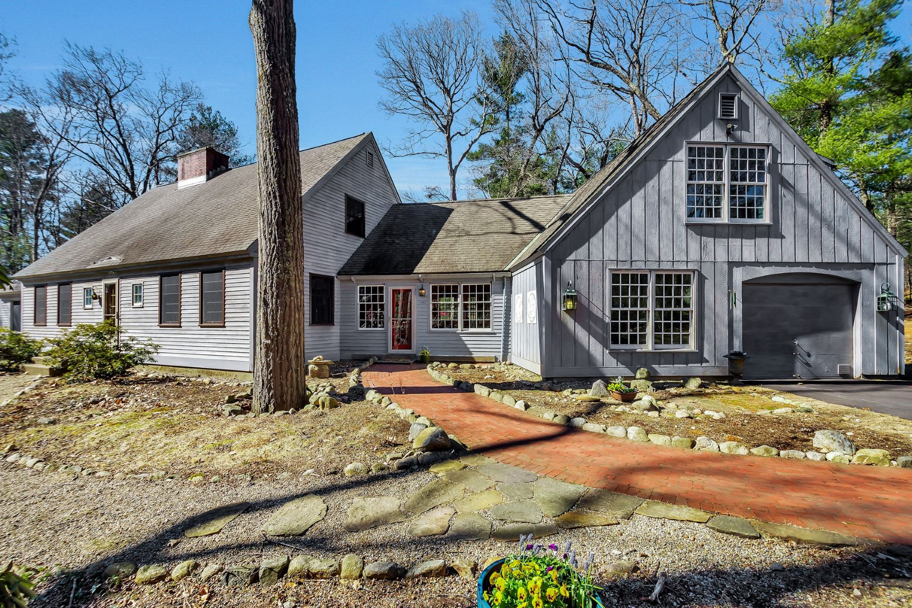 Single Family Home for Active at 8 Todd Pond Road, Lincoln 8 Todd Pond Rd Lincoln, Massachusetts 01773 United States