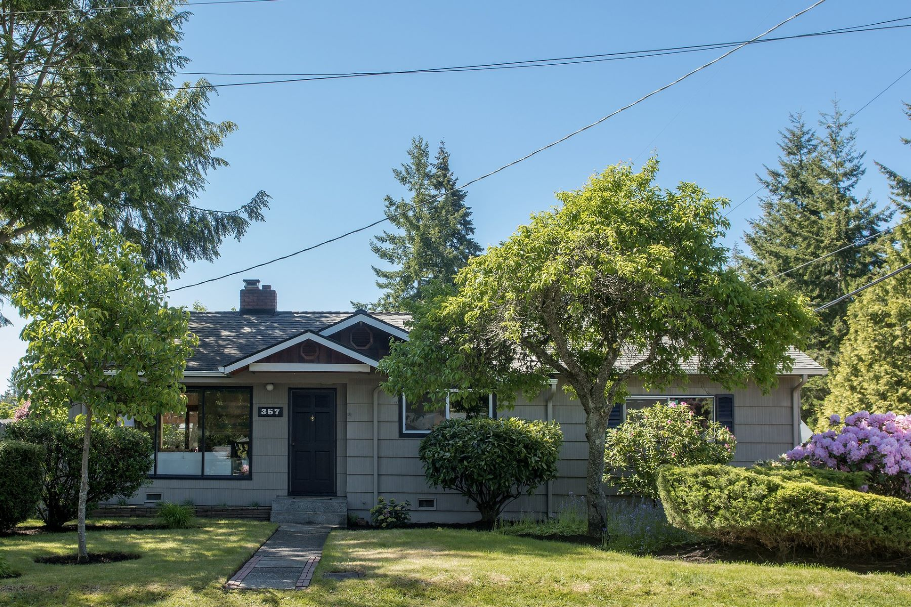 Single Family Home for Sale at Richmond Highlands Rambler 357 NW 182nd St Shoreline, Washington 98177 United States