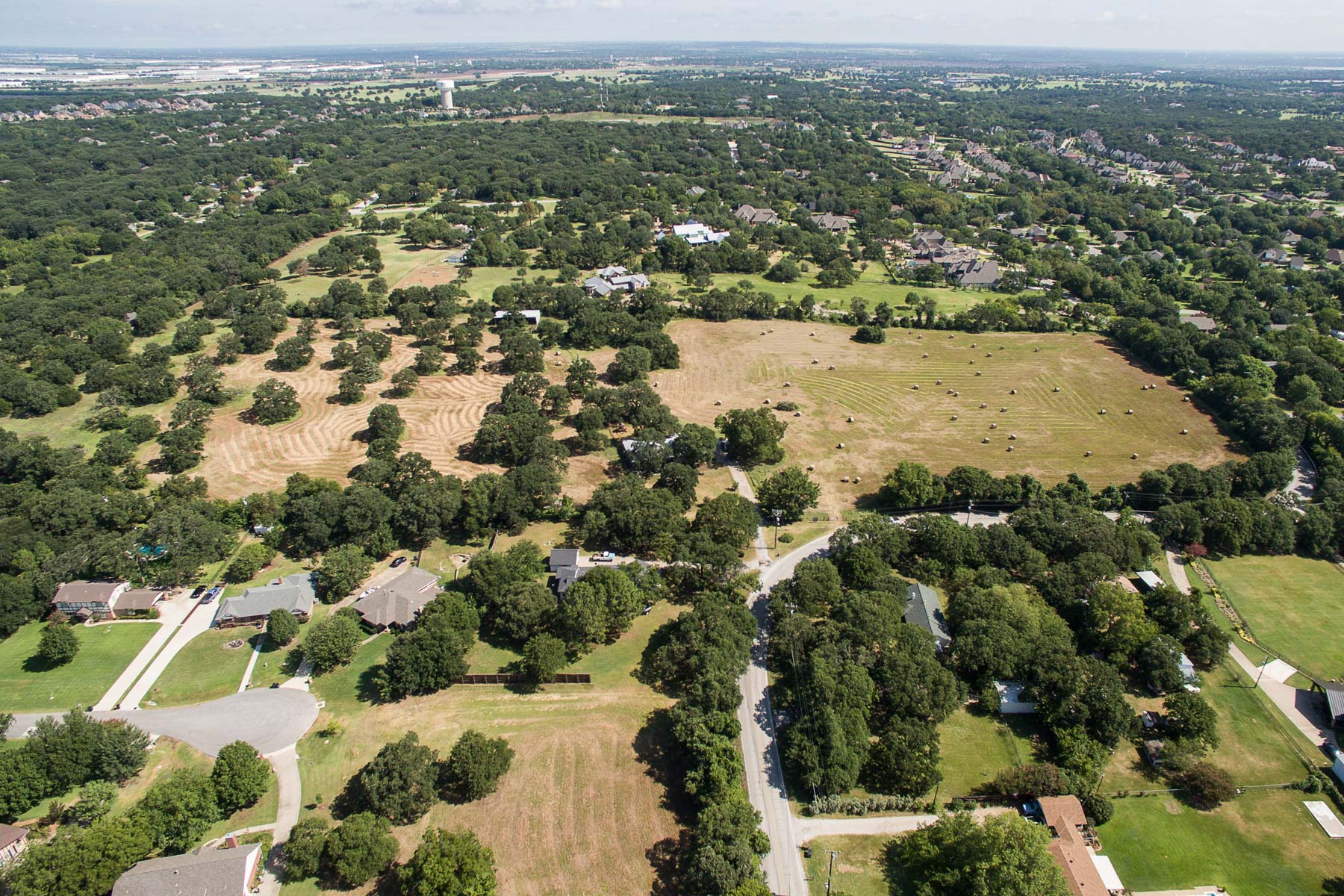 Vivienda unifamiliar por un Venta en Stunning 20 Acre Ranch Property in the Heart of Keller 1336 Ottinger Road Keller, Texas, 76262 Estados Unidos