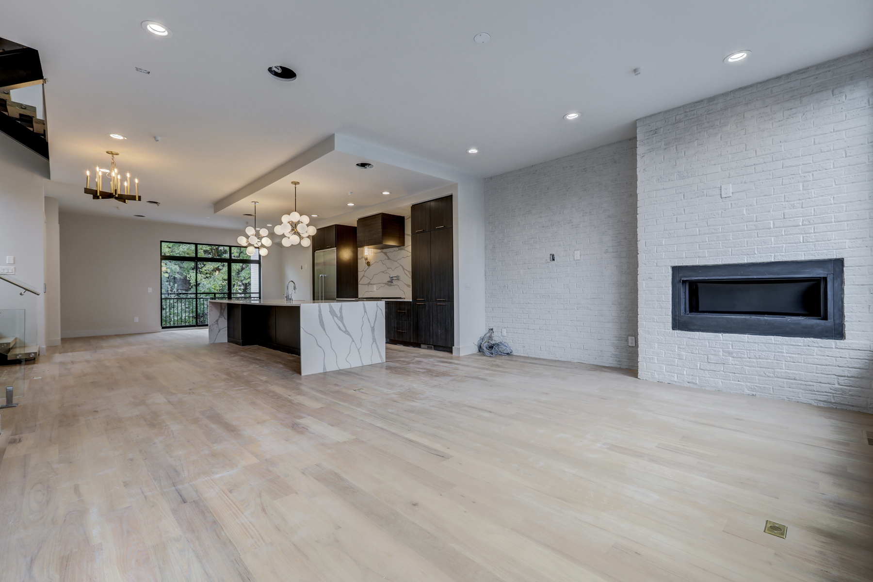 Additional photo for property listing at Modern Masterpiece 900 Lenox Boulevard No. 1 Atlanta, Georgia 30324 United States