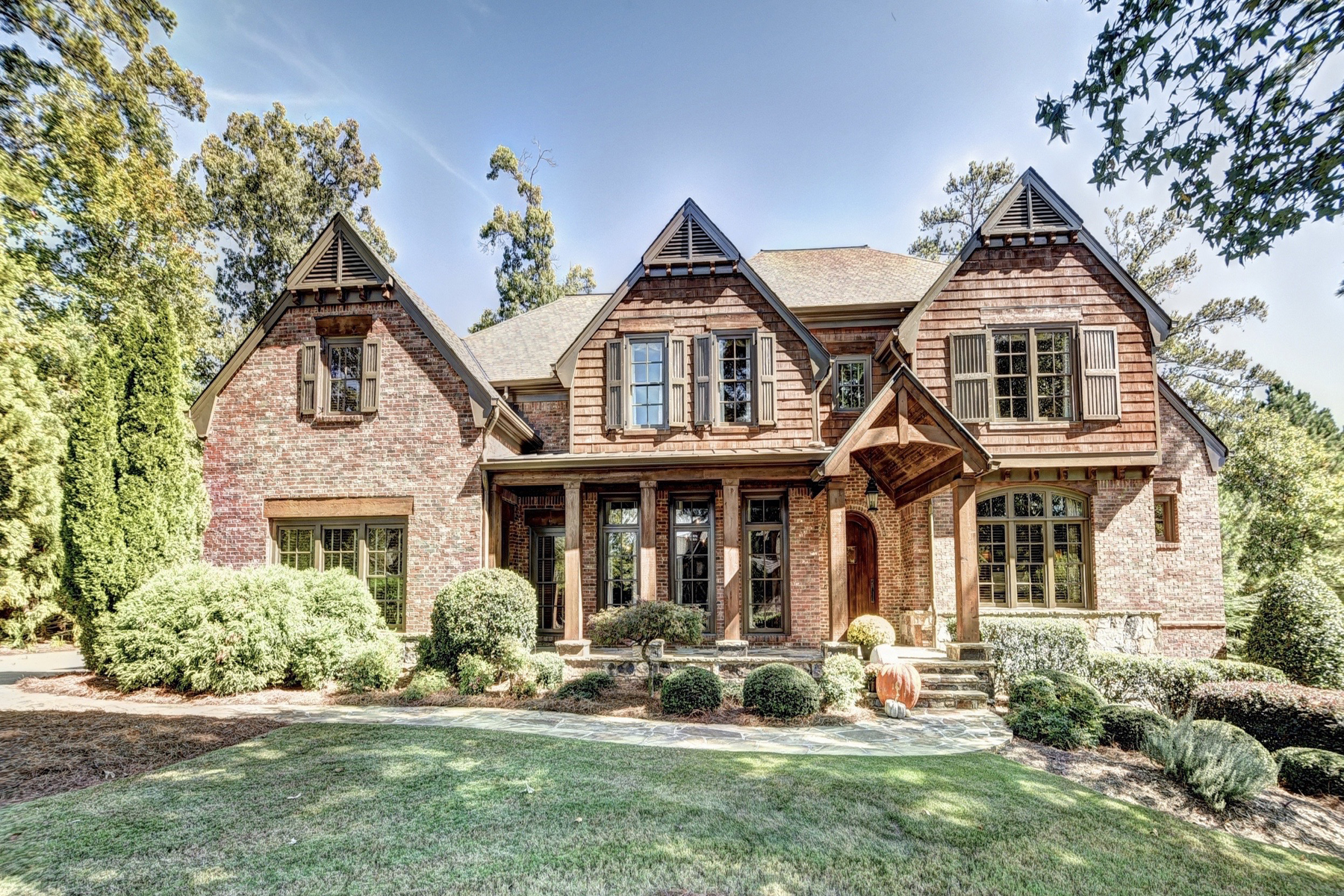 Rustic Elegance at The River Club 902 Little Darby Lane Suwanee, Geórgia 30024 Estados Unidos