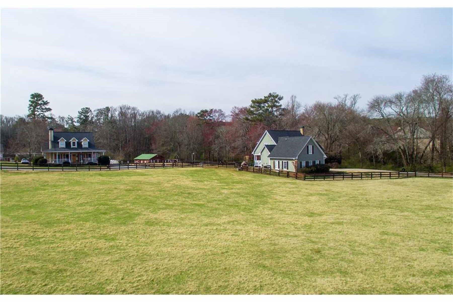 Villa per Vendita alle ore PEACEFUL TWO HOME, 7 ACRE ESTATE CLOSE TO HISTORIC ALPHARETTA & CRABAPPLE 1175 Mid Broadwell Road Alpharetta, Georgia, 30004 Stati Uniti