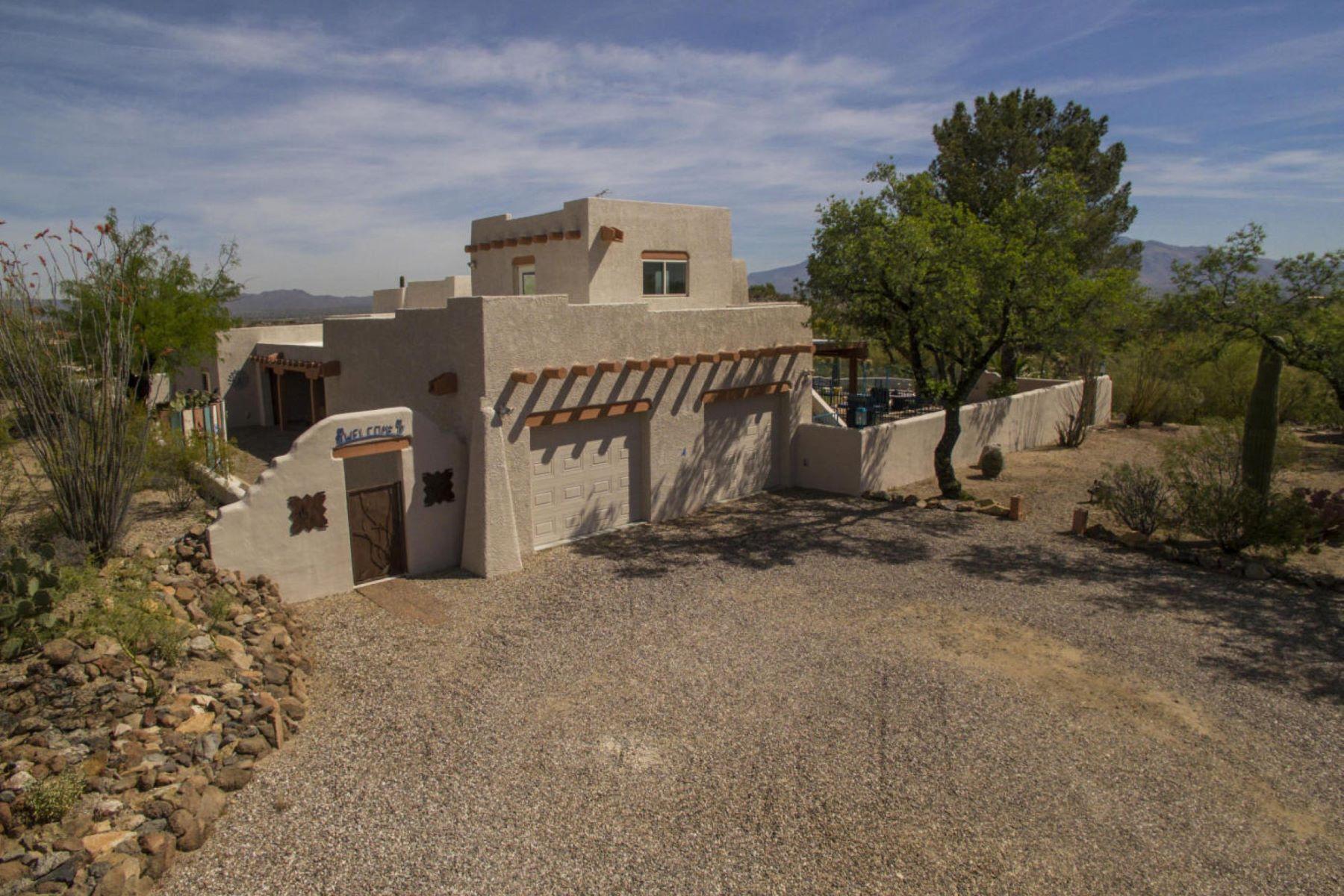 独户住宅 为 销售 在 Custom Santa Fe Home with 3.3 Acres! 6177 W Sunset Road 图森, 亚利桑那州, 85743 美国