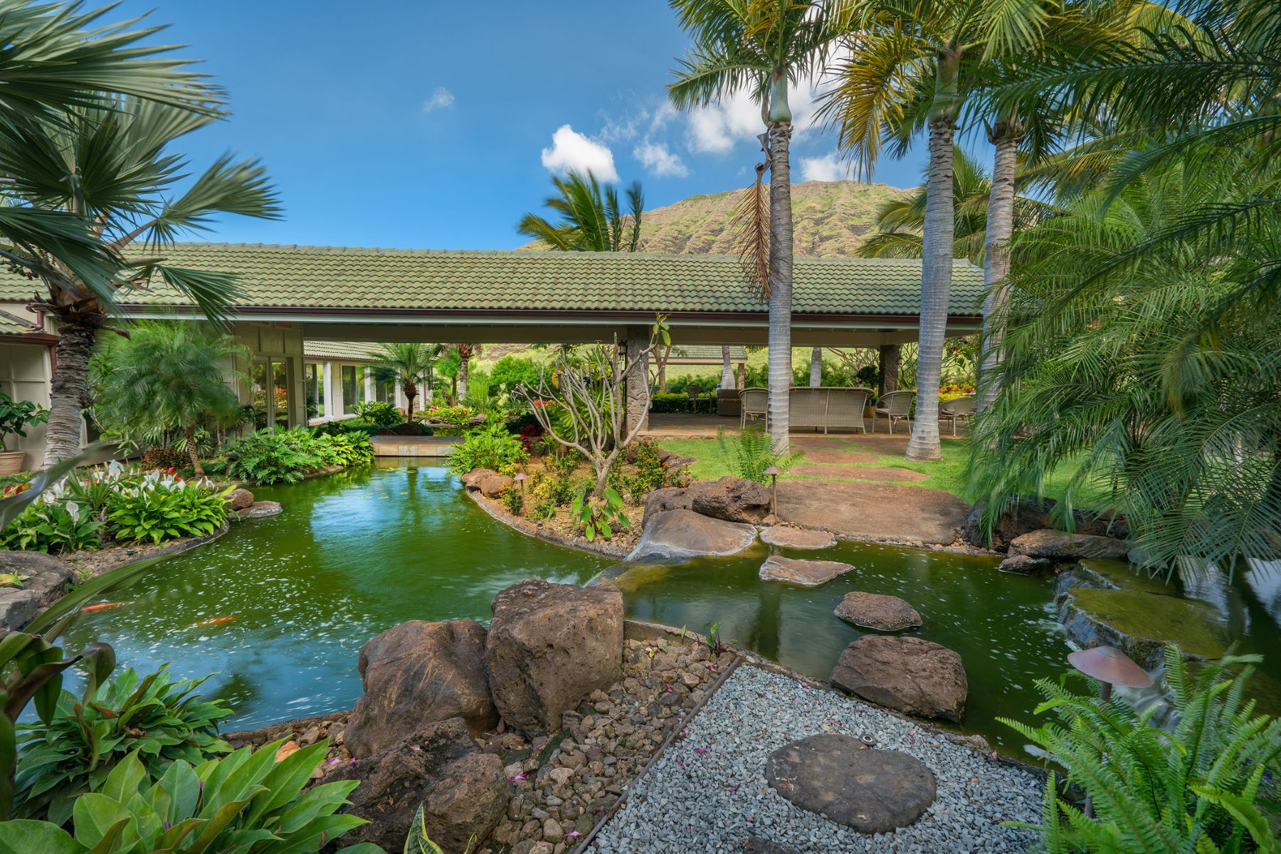 Additional photo for property listing at Award Winning Private Estate with Ocean Views 84-870 Alahele Street Waianae, Hawaii 96792 United States