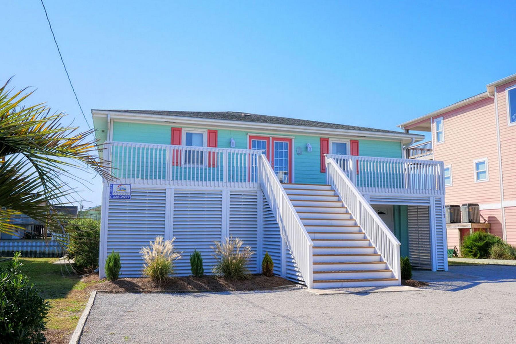独户住宅 为 销售 在 Tranquil Waterfront Living 117 Boryk Ave, Topsail Beach, 北卡罗来纳州, 28445 美国