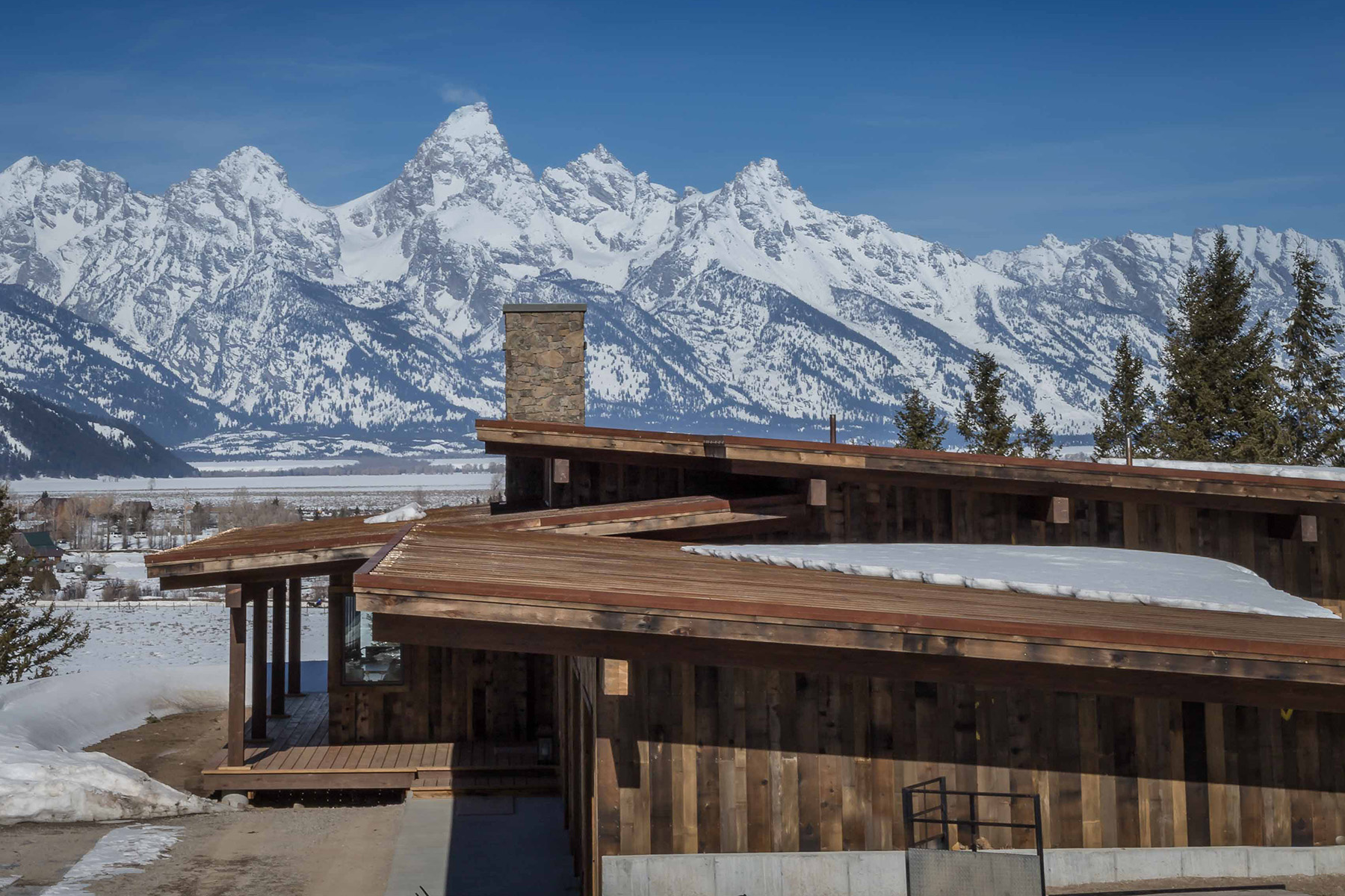 Single Family Homes for Active at 7662 E TETON VALLEY RANCH ROAD 7662 E. TetonValley Ranch Road Kelly, Wyoming 83011 United States