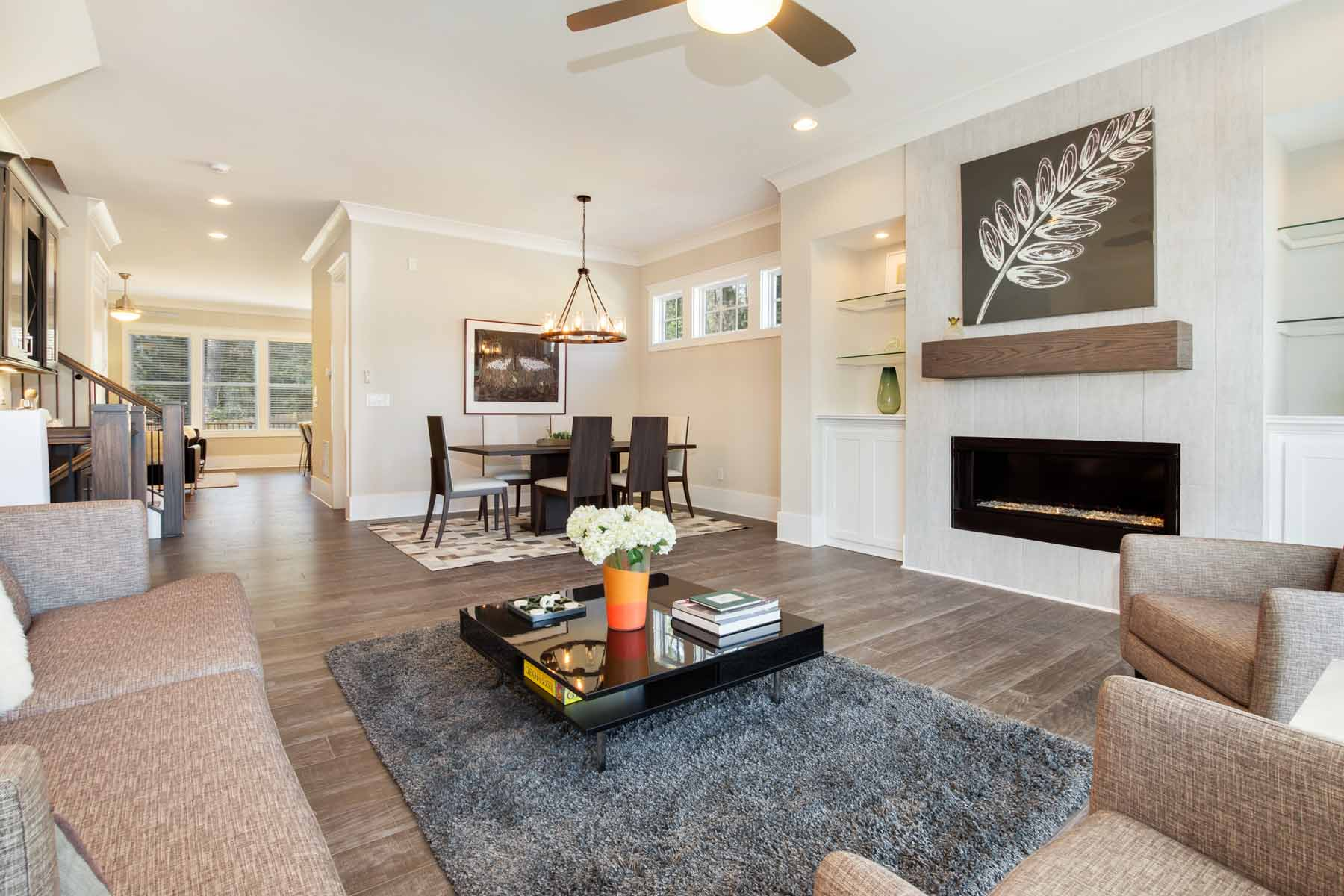 Additional photo for property listing at New Construction Townhome in the Heart of Dunwoody 4330 Georgetown Square Unit 15 Dunwoody, Georgien 30338 Förenta staterna