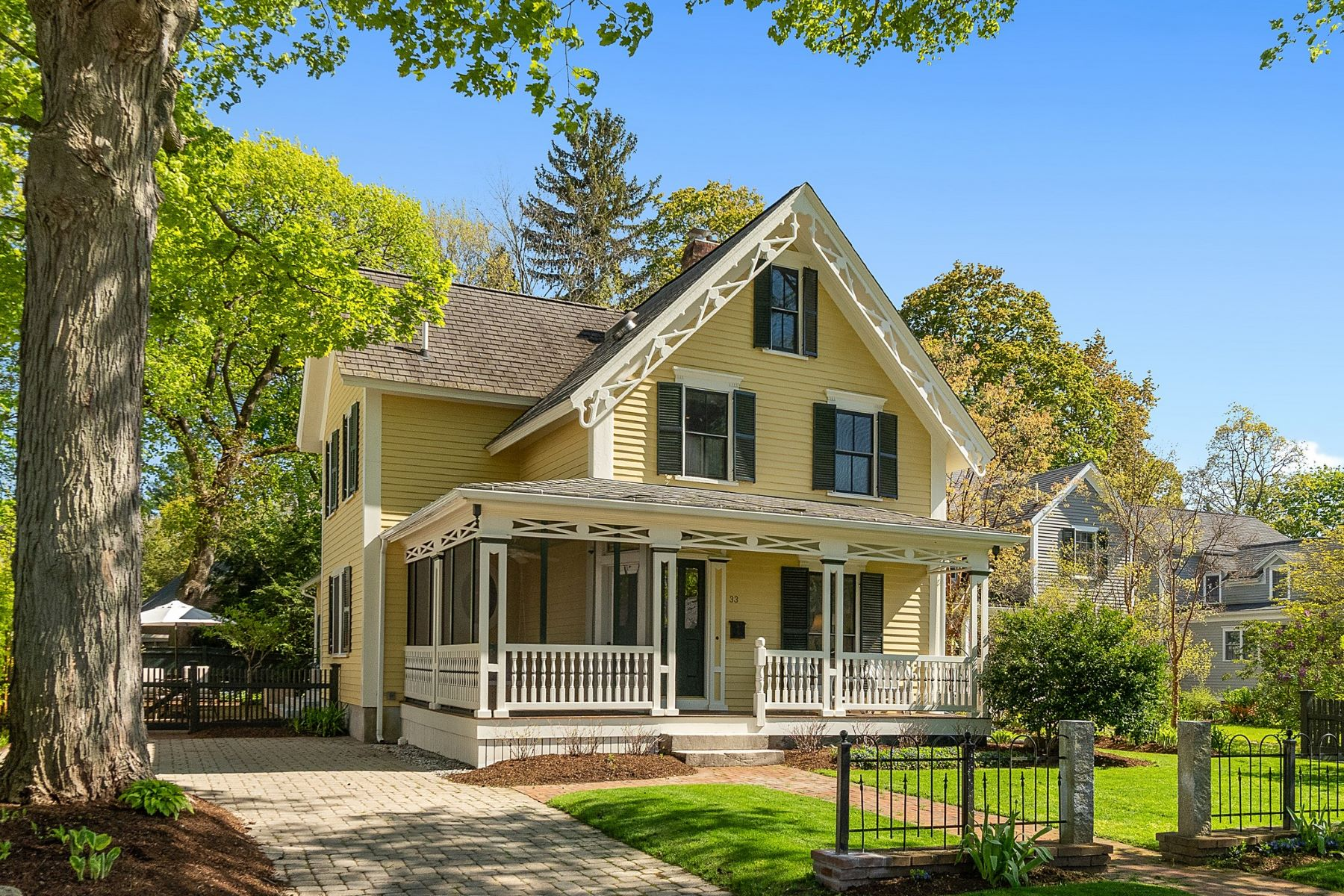 Single Family Homes for Sale at 33 Middle Street Concord, Massachusetts 01742 United States