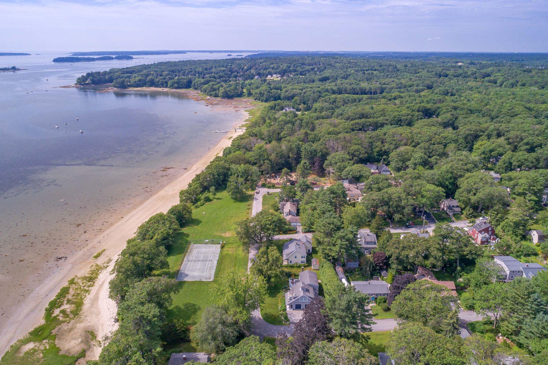 Single Family Homes للـ Sale في Cumberland, Maine 04110 United States
