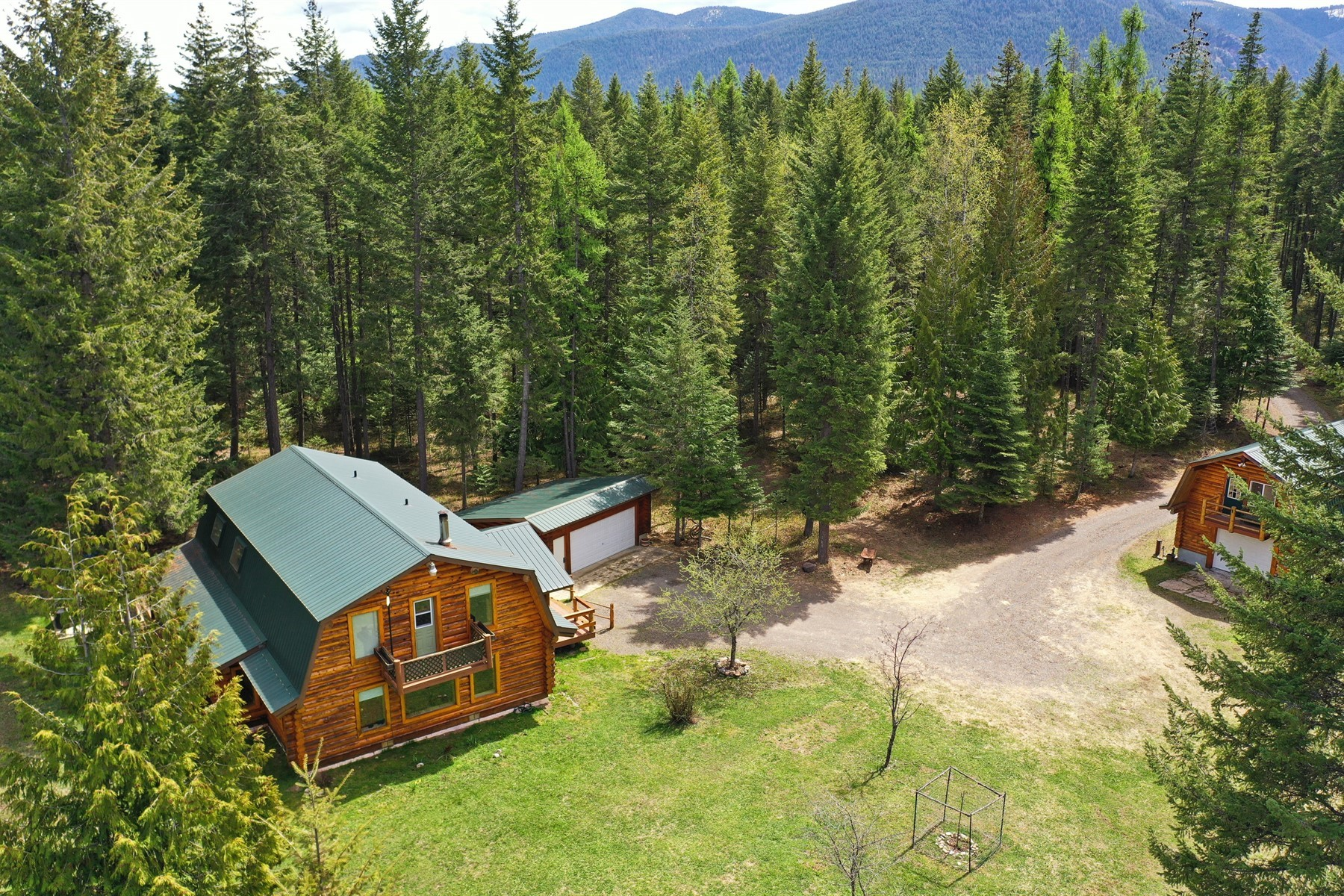 Single Family Homes for Active at Log Home with Guest House on 10+ Acres 83 West Cabinet Wagon Road Clark Fork, Idaho 83811 United States