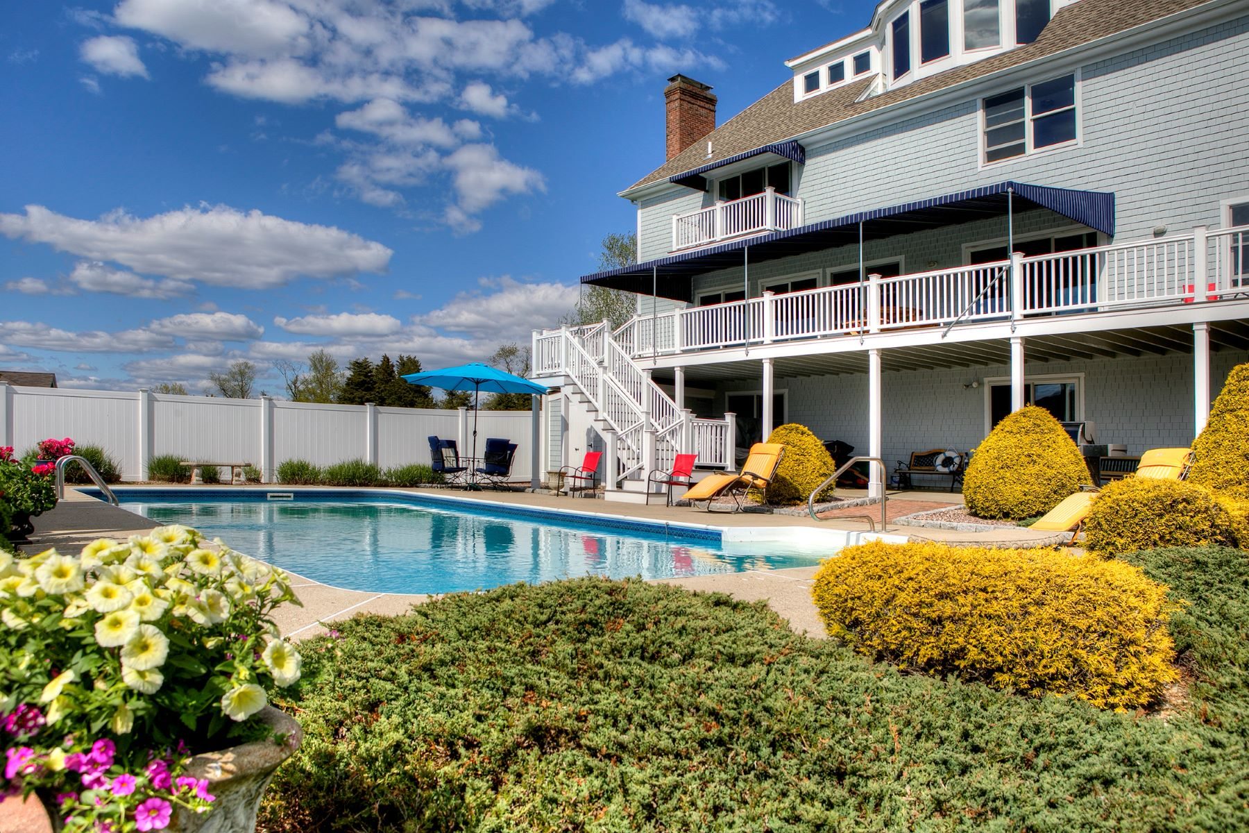 Additional photo for property listing at Breathtaking Sunsets 228 King Charles Drive Portsmouth, Rhode Island 02871 United States