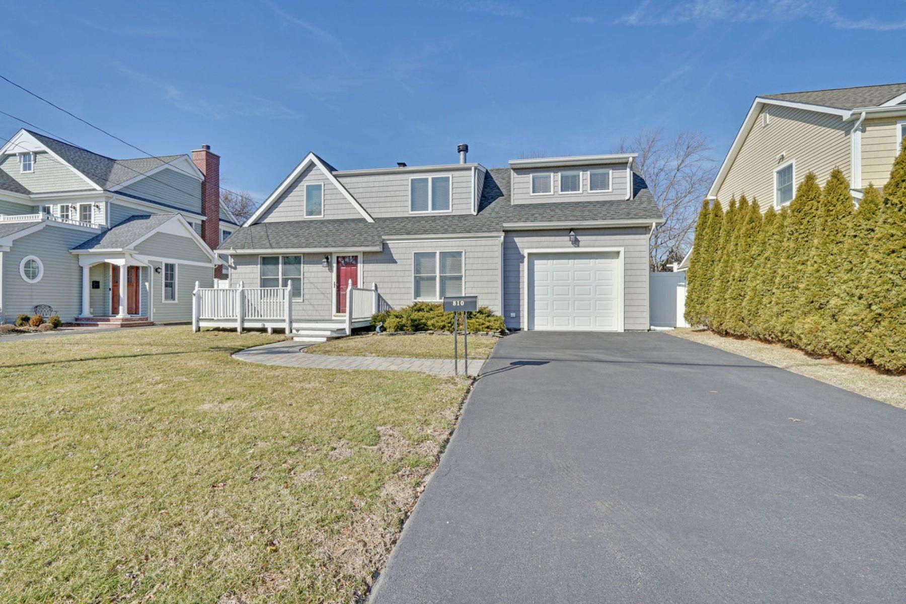 Частный односемейный дом для того Продажа на Spring Lake Heights Cape 810 Claridge Drive, Spring Lake Heights, Нью-Джерси 07762 Соединенные Штаты