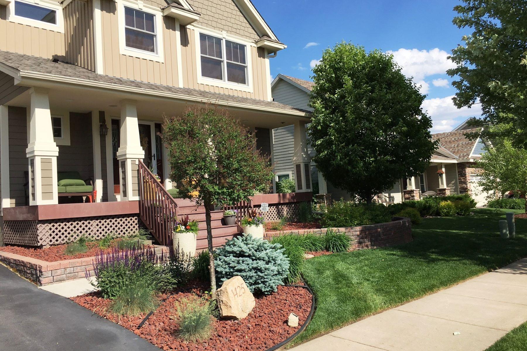 独户住宅 为 销售 在 1425 Whistler Point Road 伍德伯里, 明尼苏达州, 55129 美国
