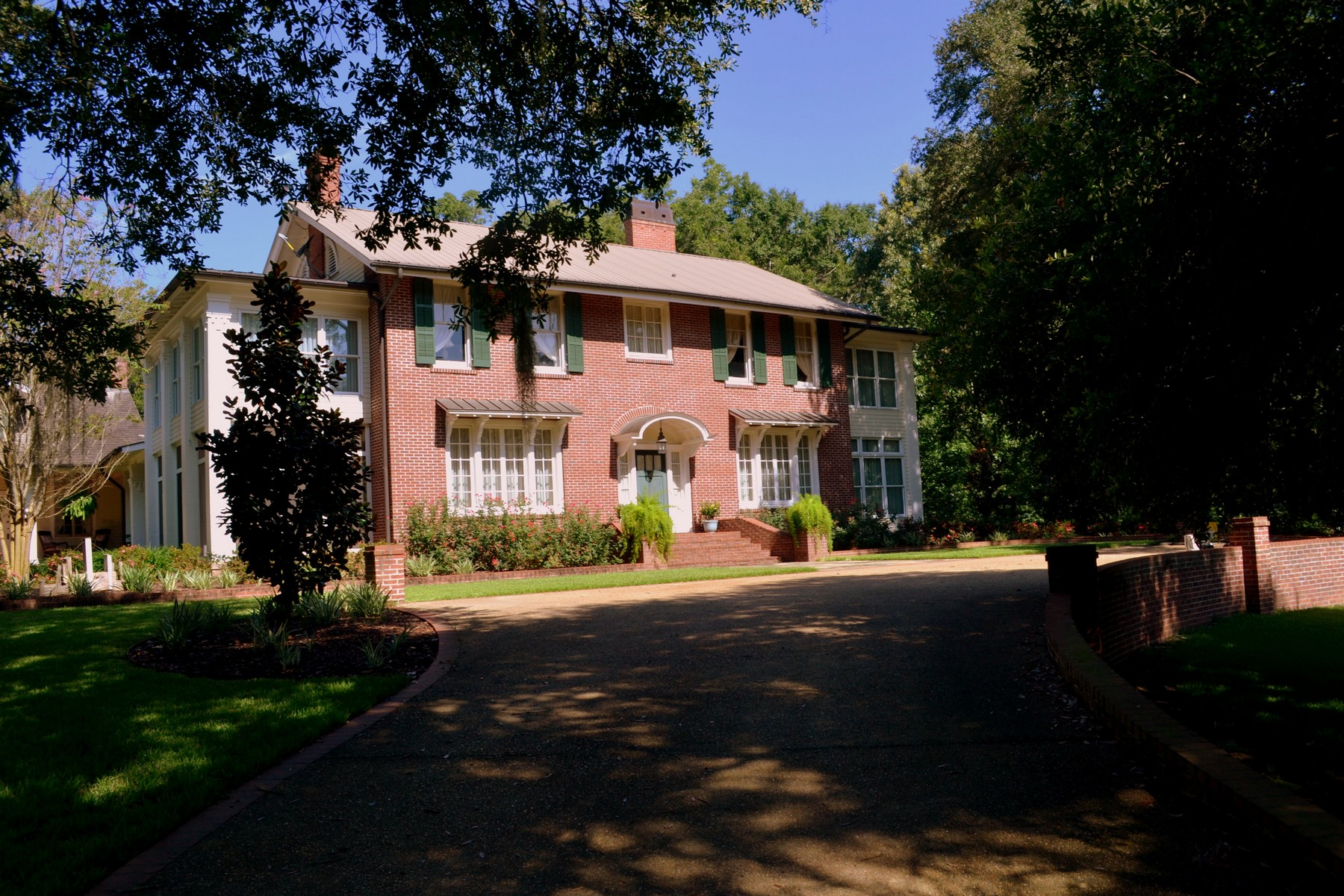 Single Family Home for Sale at Ormonde - Natchez, Mississippi 1164 Lower Woodville Rd Natchez, Mississippi, 39120 United States